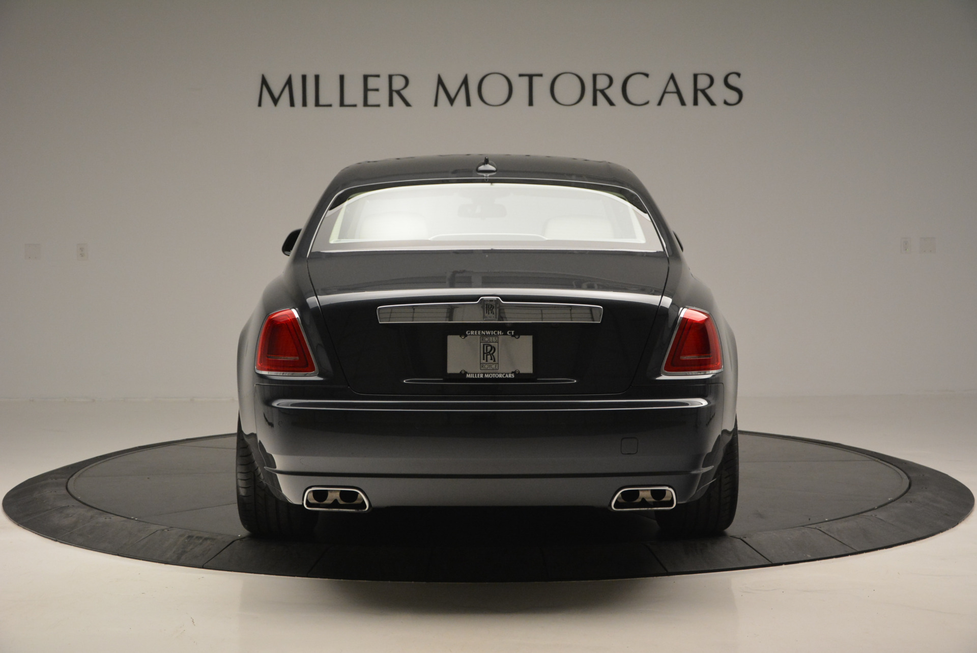 Used 2013 Rolls-Royce Ghost  For Sale In Greenwich, CT. Alfa Romeo of Greenwich, 7117 739_p7