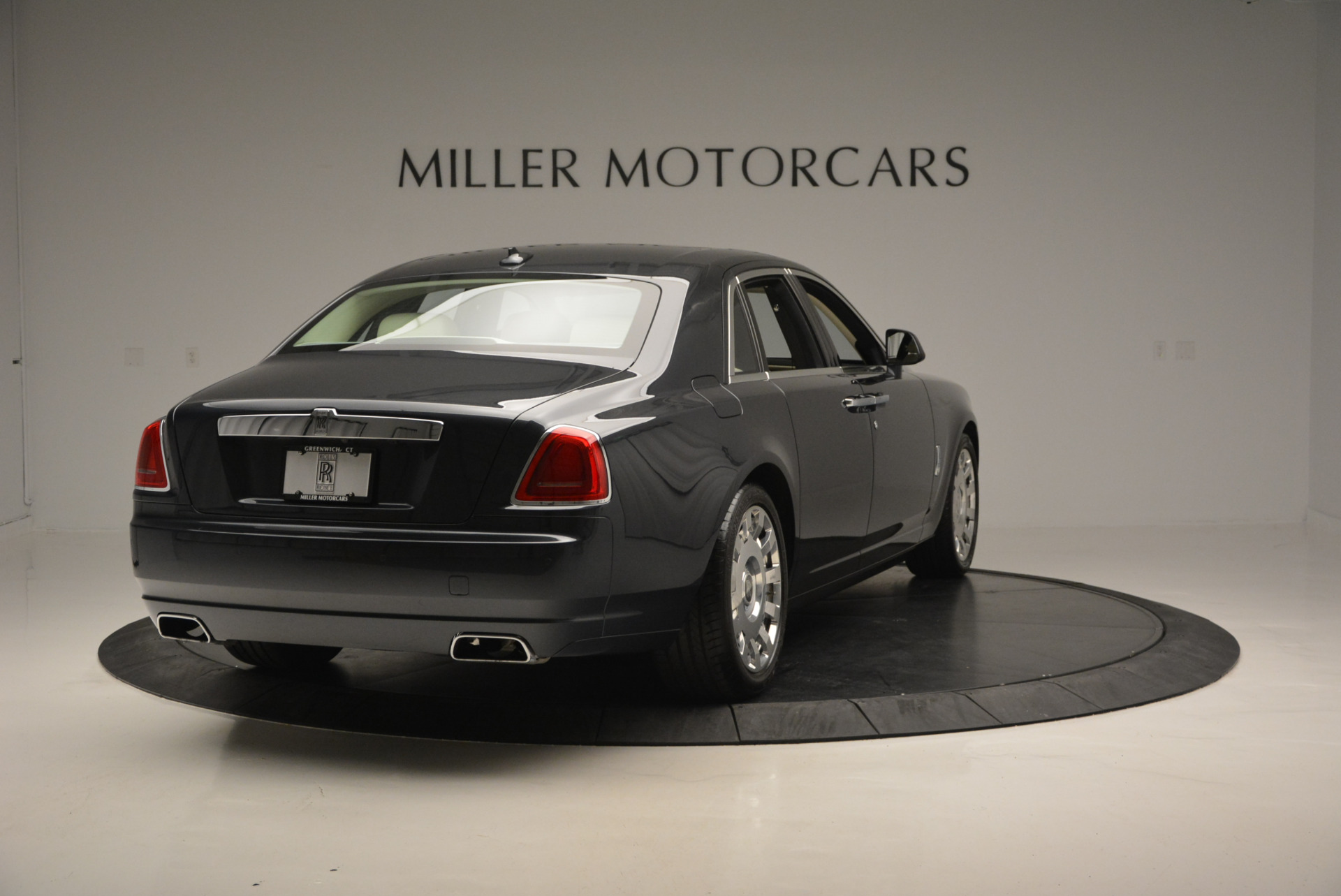 Used 2013 Rolls-Royce Ghost  For Sale In Greenwich, CT. Alfa Romeo of Greenwich, 7117 739_p8