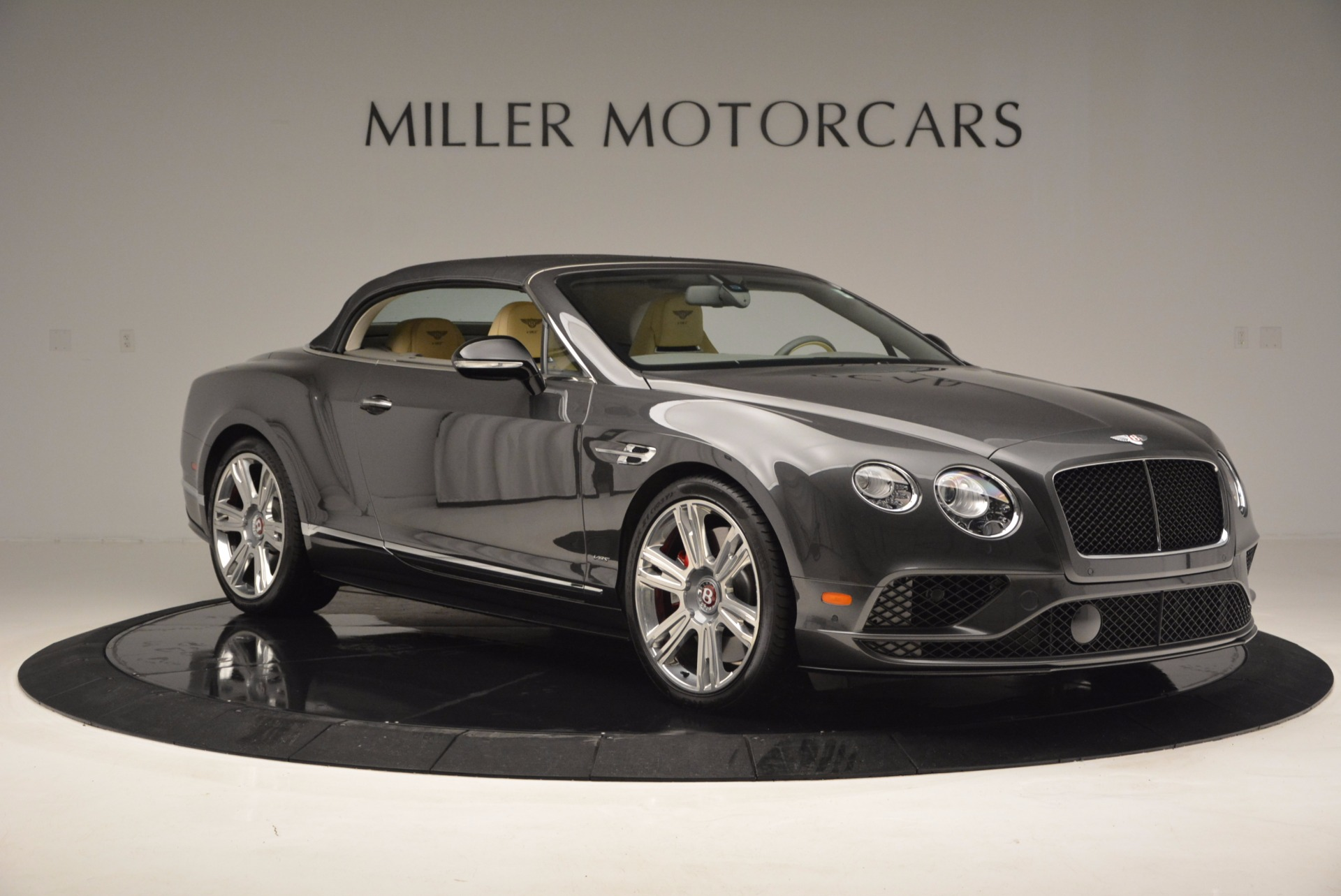 Used 2017 Bentley Continental GT V8 S For Sale In Greenwich, CT. Alfa Romeo of Greenwich, B1224 740_p20