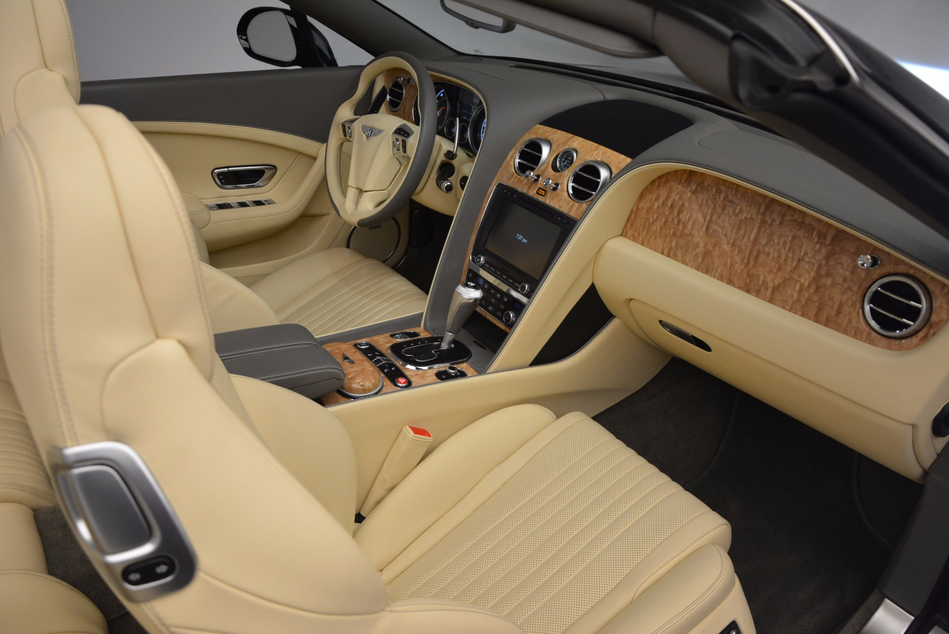 Used 2017 Bentley Continental GT V8 S For Sale In Greenwich, CT. Alfa Romeo of Greenwich, B1224 740_p38