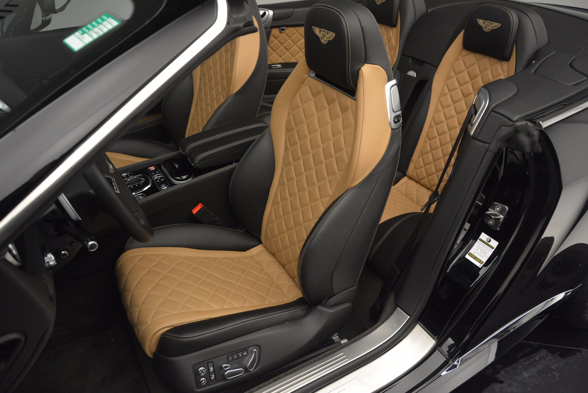 Used 2016 Bentley Continental GT Speed Convertible  For Sale In Greenwich, CT. Alfa Romeo of Greenwich, B1225 741_p29