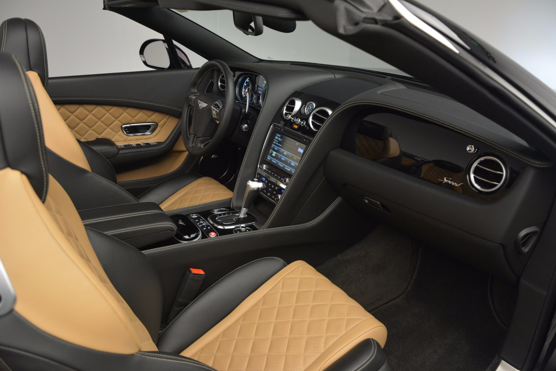 Used 2016 Bentley Continental GT Speed Convertible  For Sale In Greenwich, CT. Alfa Romeo of Greenwich, B1225 741_p44