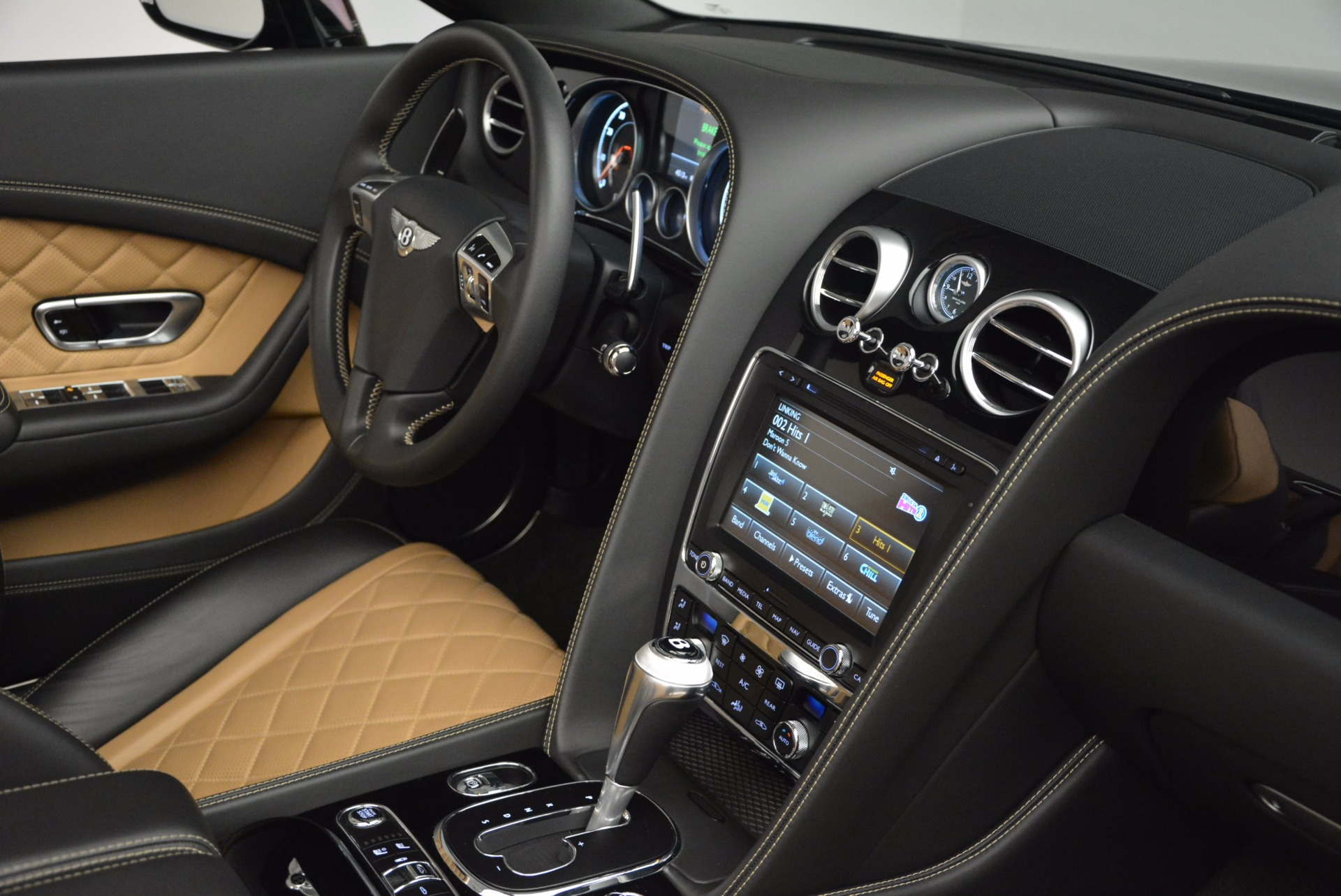 Used 2016 Bentley Continental GT Speed Convertible  For Sale In Greenwich, CT. Alfa Romeo of Greenwich, B1225 741_p45