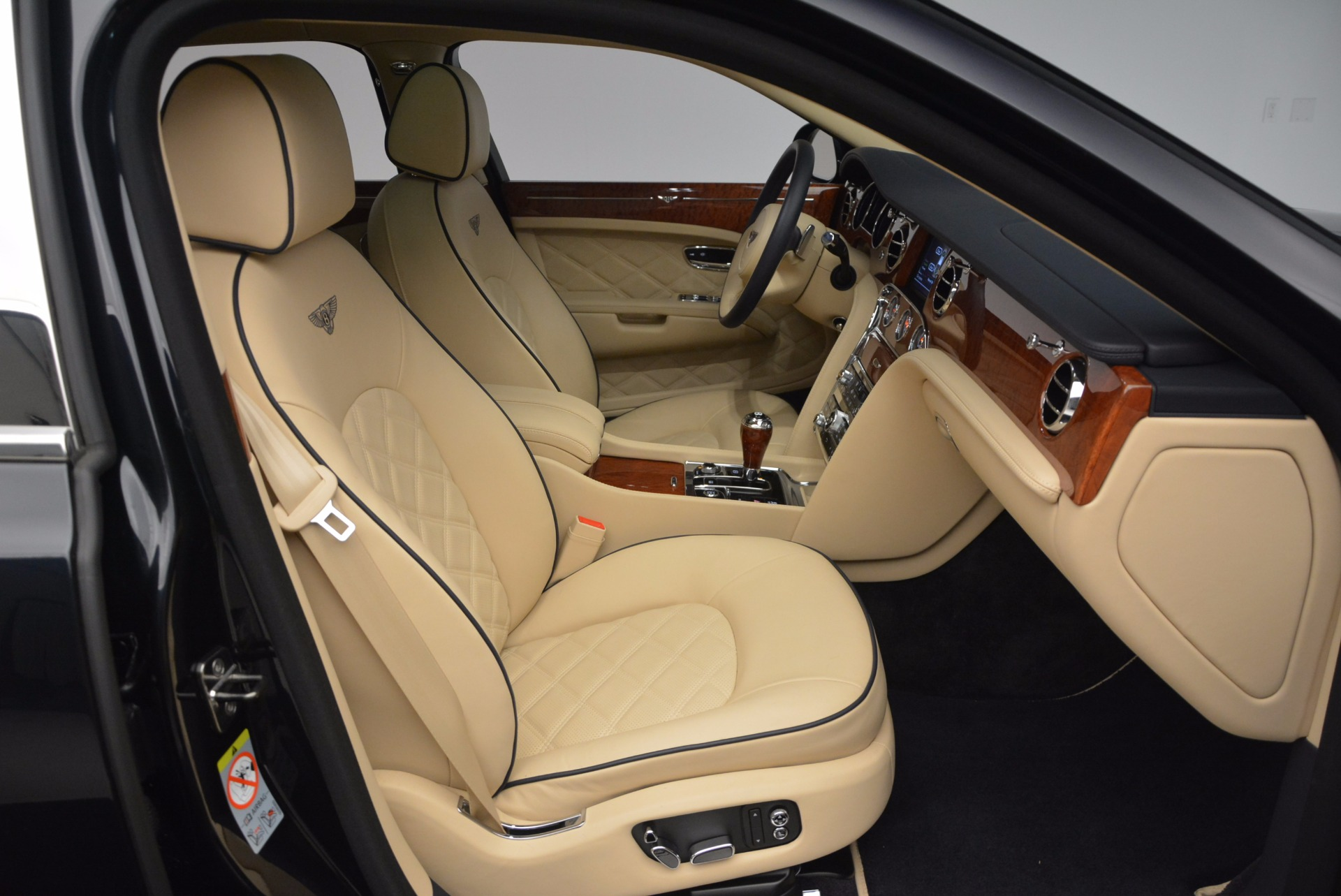 Used 2016 Bentley Mulsanne  For Sale In Greenwich, CT. Alfa Romeo of Greenwich, 7121 742_p30