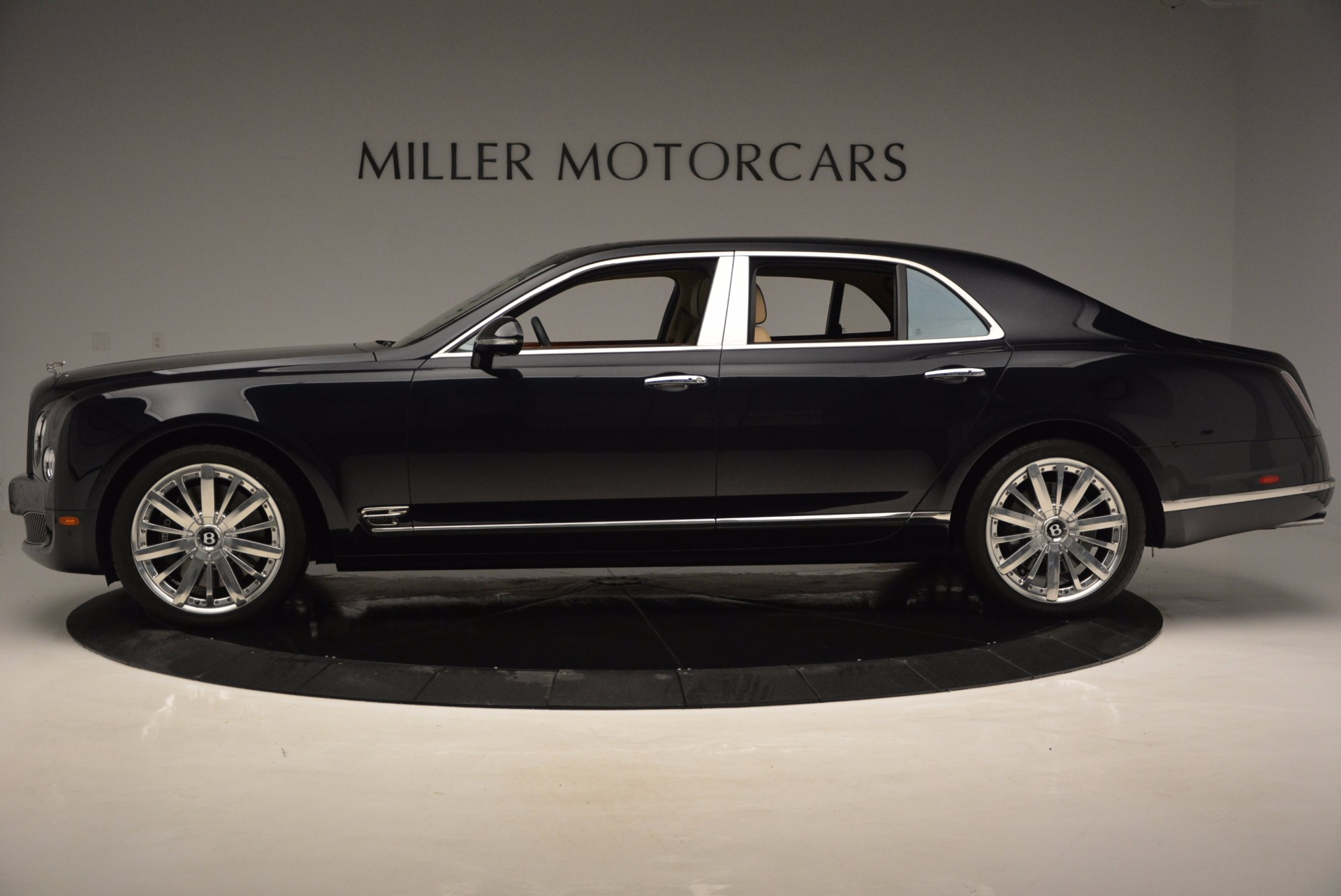 Used 2016 Bentley Mulsanne  For Sale In Greenwich, CT. Alfa Romeo of Greenwich, 7121 742_p3