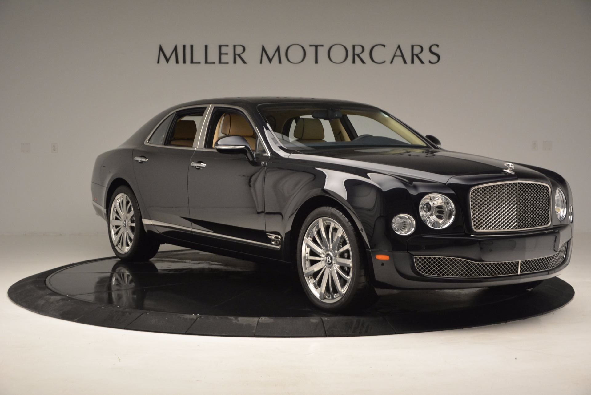 Used 2016 Bentley Mulsanne  For Sale In Greenwich, CT. Alfa Romeo of Greenwich, 7121 742_p9