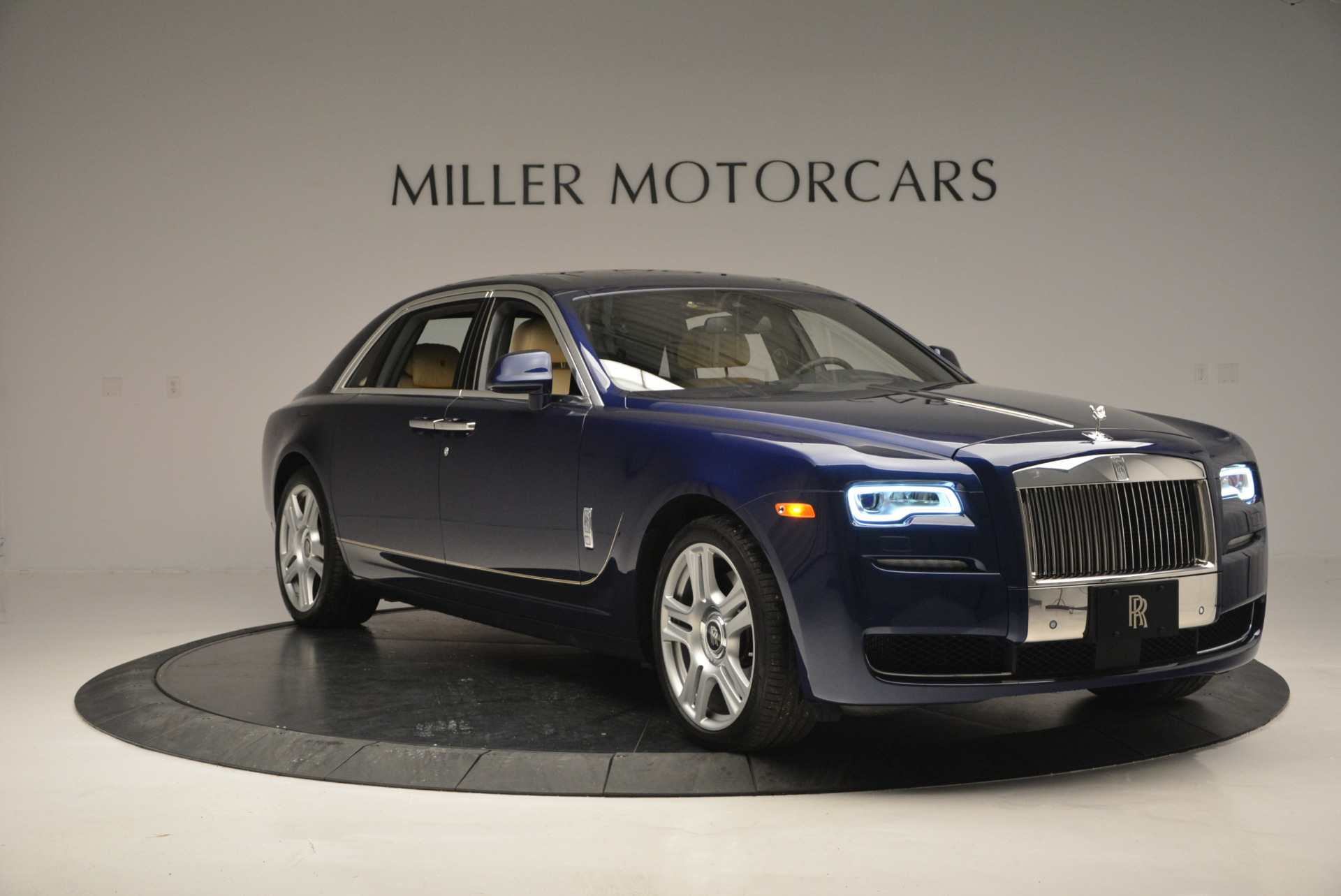 Used 2016 Rolls-Royce Ghost EWB For Sale In Greenwich, CT. Alfa Romeo of Greenwich, R396 746_p11
