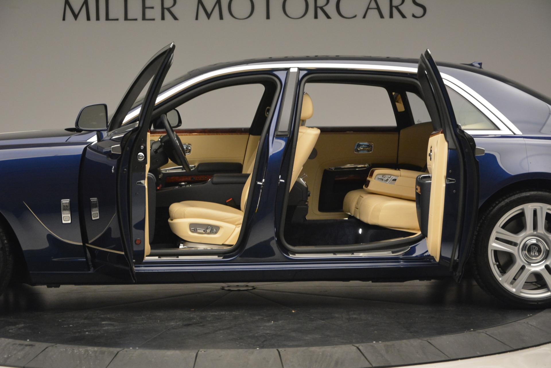 Used 2016 Rolls-Royce Ghost EWB For Sale In Greenwich, CT. Alfa Romeo of Greenwich, R396 746_p15