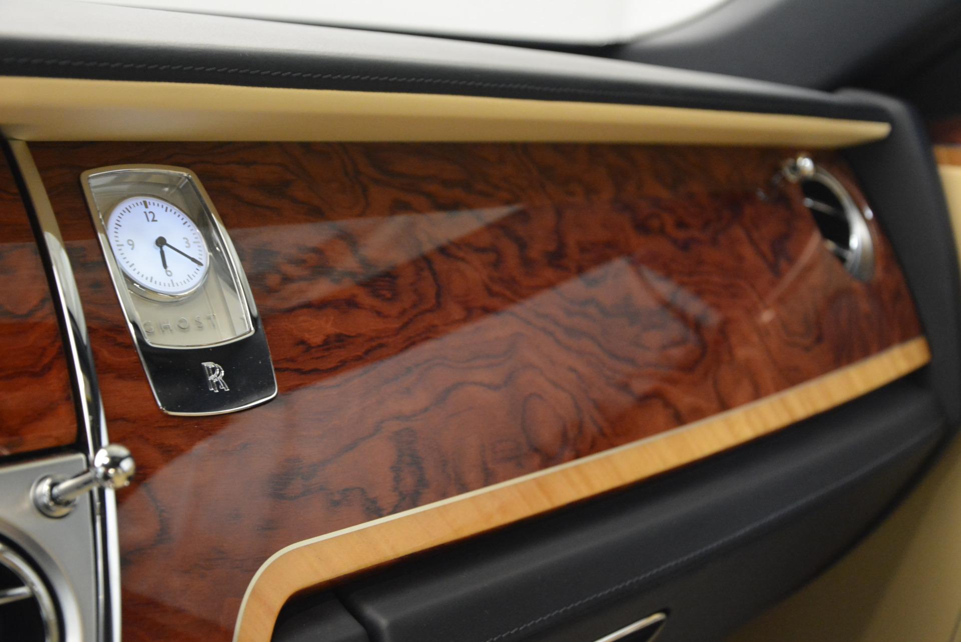 Used 2016 Rolls-Royce Ghost EWB For Sale In Greenwich, CT. Alfa Romeo of Greenwich, R396 746_p24