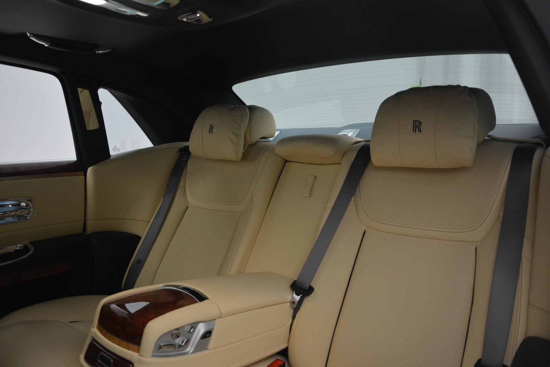Used 2016 Rolls-Royce Ghost EWB For Sale In Greenwich, CT. Alfa Romeo of Greenwich, R396 746_p29
