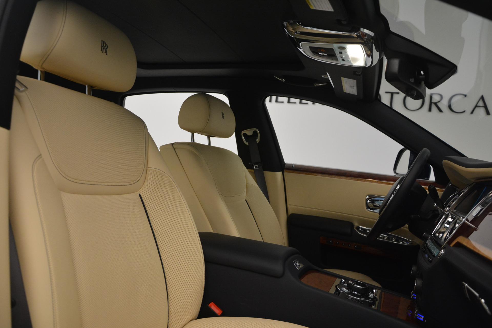Used 2016 Rolls-Royce Ghost EWB For Sale In Greenwich, CT. Alfa Romeo of Greenwich, R396 746_p34