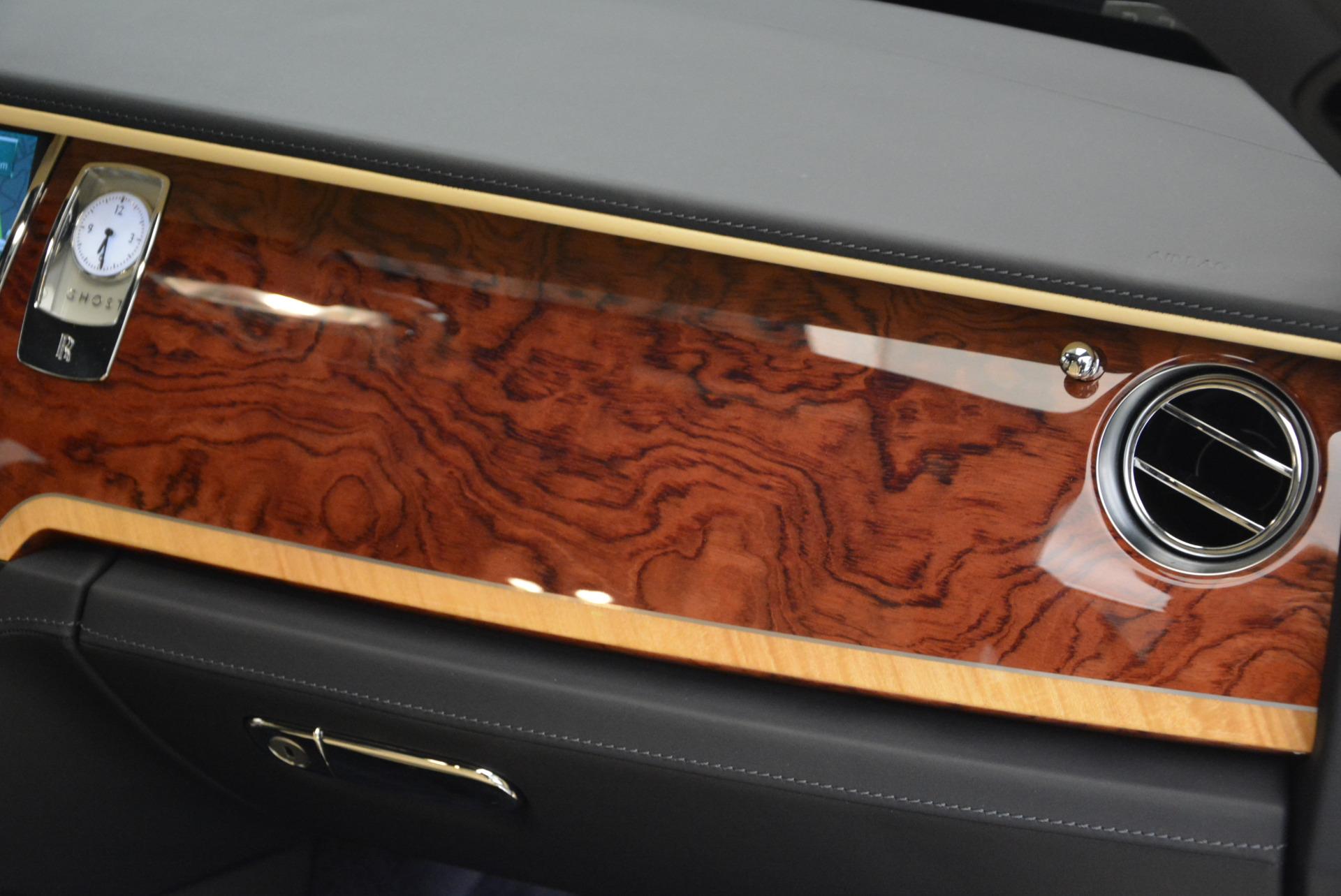 Used 2016 Rolls-Royce Ghost EWB For Sale In Greenwich, CT. Alfa Romeo of Greenwich, R396 746_p35