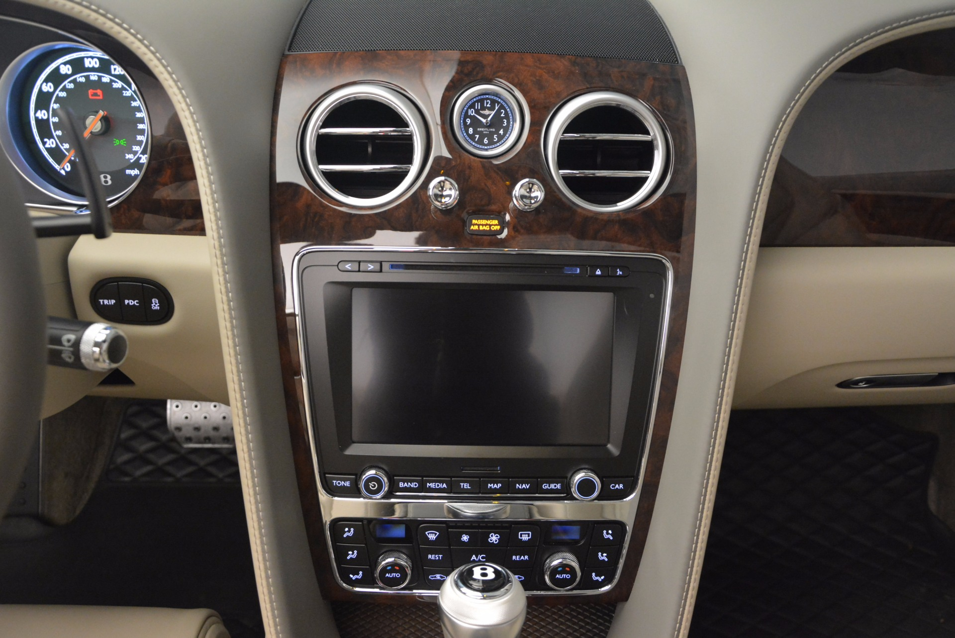 Used 2014 Bentley Continental GT V8 For Sale In Greenwich, CT. Alfa Romeo of Greenwich, 7124 753_p44