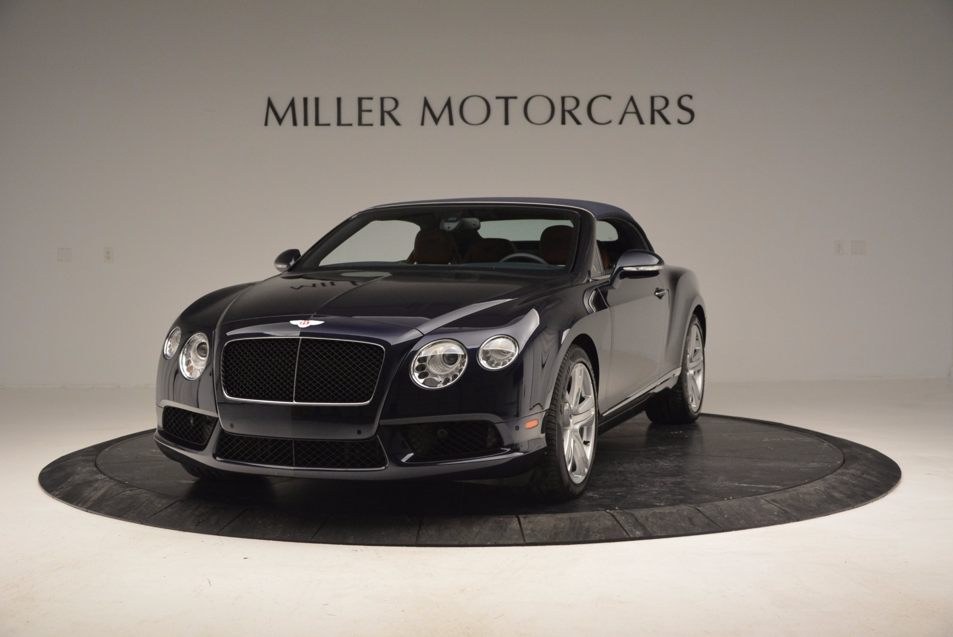 Used 2014 Bentley Continental GT V8 For Sale In Greenwich, CT. Alfa Romeo of Greenwich, 7123 754_p13