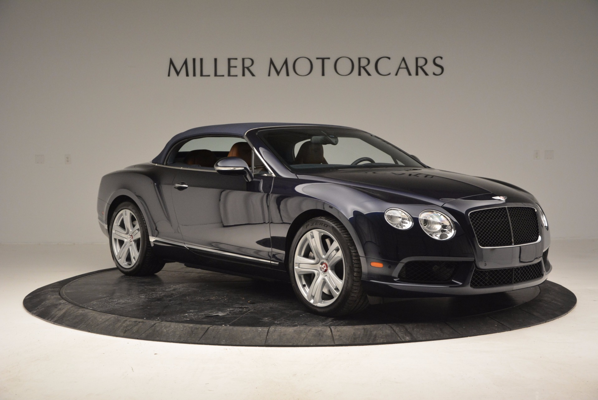Used 2014 Bentley Continental GT V8 For Sale In Greenwich, CT. Alfa Romeo of Greenwich, 7123 754_p23
