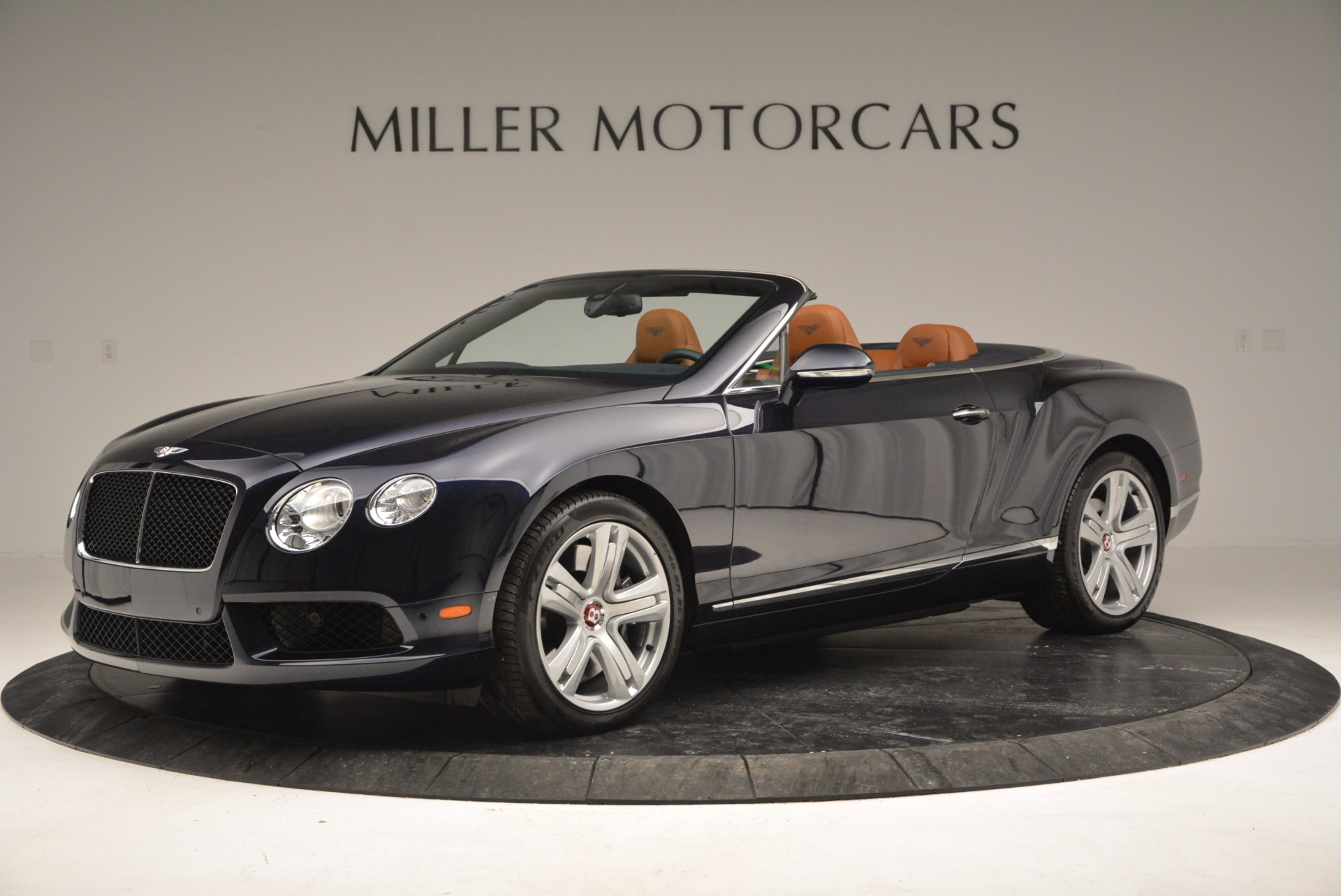 Used 2014 Bentley Continental GT V8 For Sale In Greenwich, CT. Alfa Romeo of Greenwich, 7123 754_p2