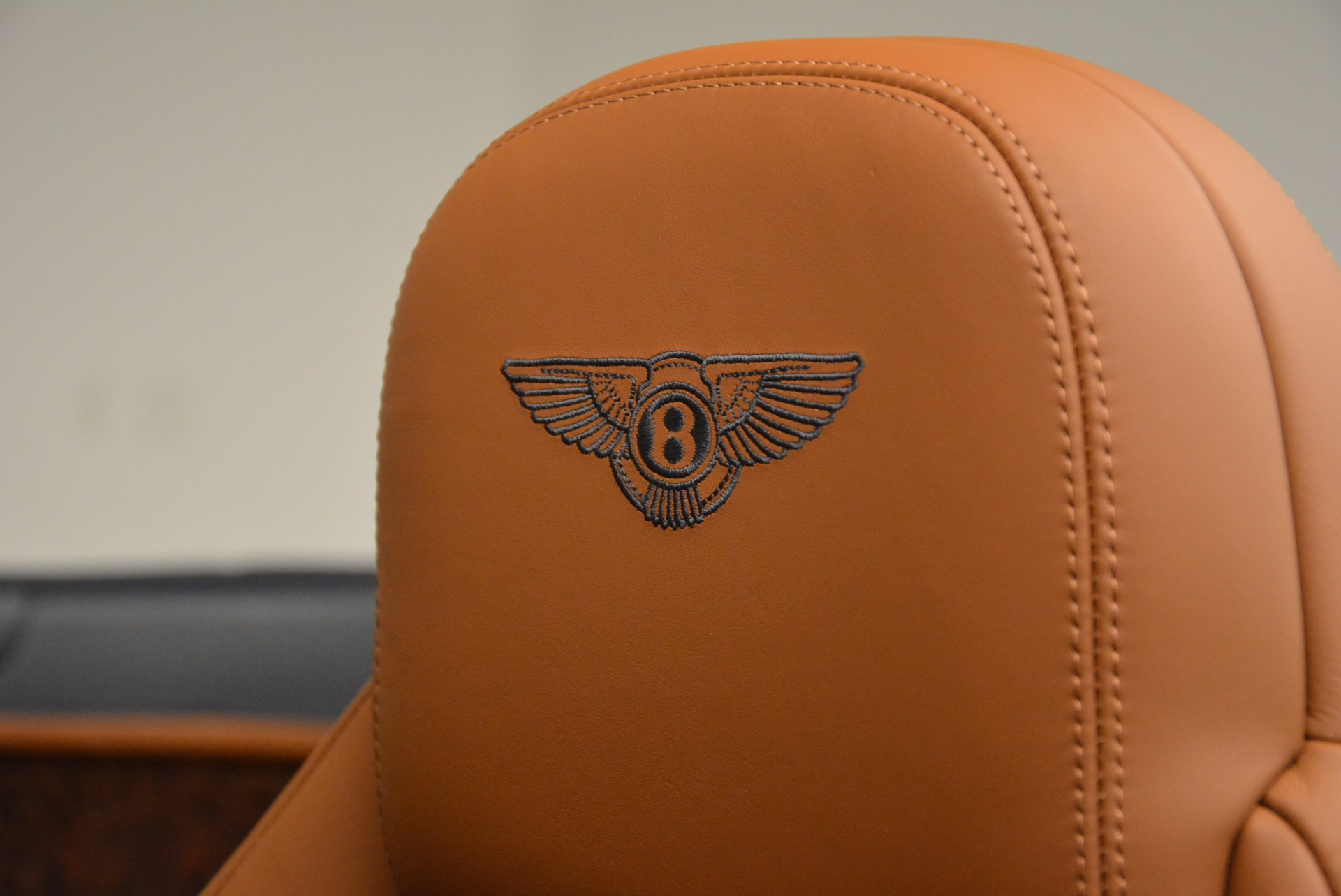 Used 2014 Bentley Continental GT V8 For Sale In Greenwich, CT. Alfa Romeo of Greenwich, 7123 754_p36