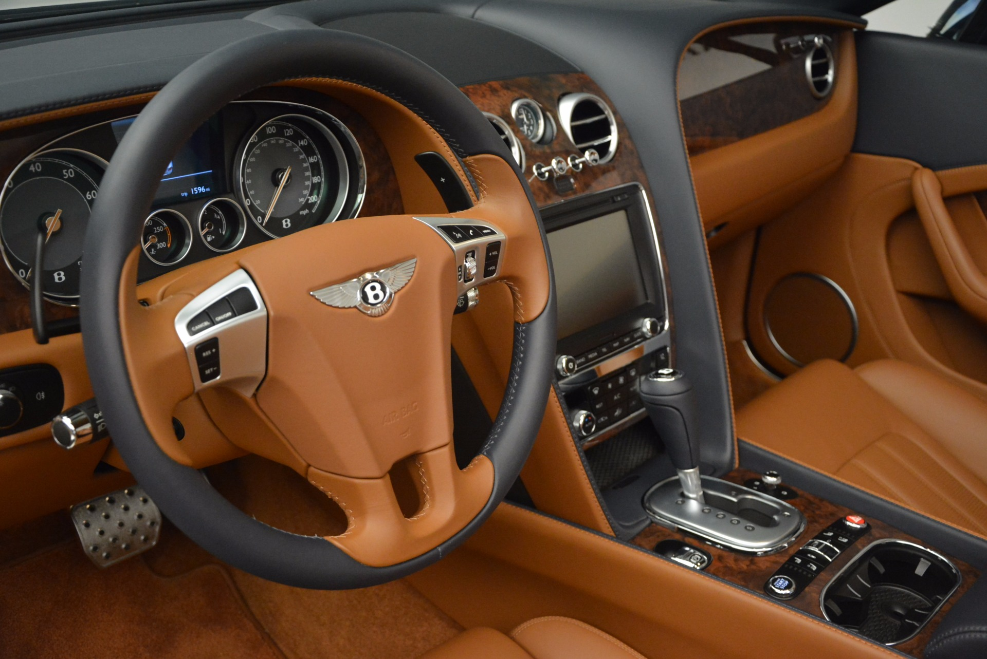 Used 2014 Bentley Continental GT V8 For Sale In Greenwich, CT. Alfa Romeo of Greenwich, 7123 754_p37