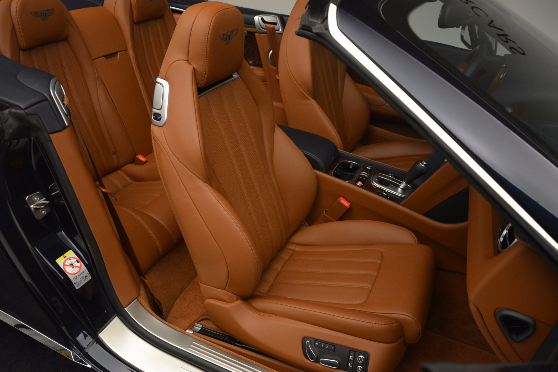 Used 2014 Bentley Continental GT V8 For Sale In Greenwich, CT. Alfa Romeo of Greenwich, 7123 754_p42