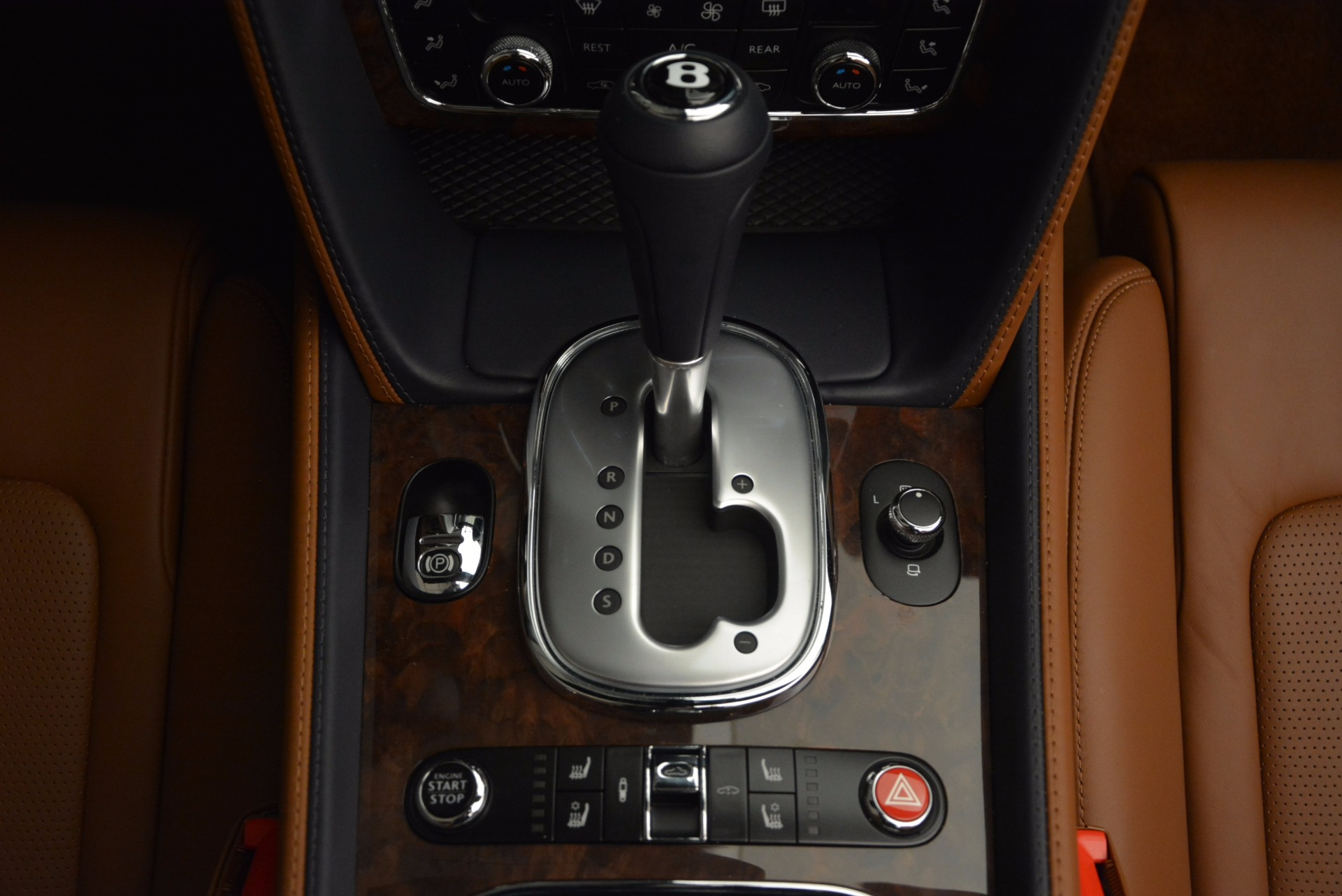 Used 2014 Bentley Continental GT V8 For Sale In Greenwich, CT. Alfa Romeo of Greenwich, 7123 754_p52