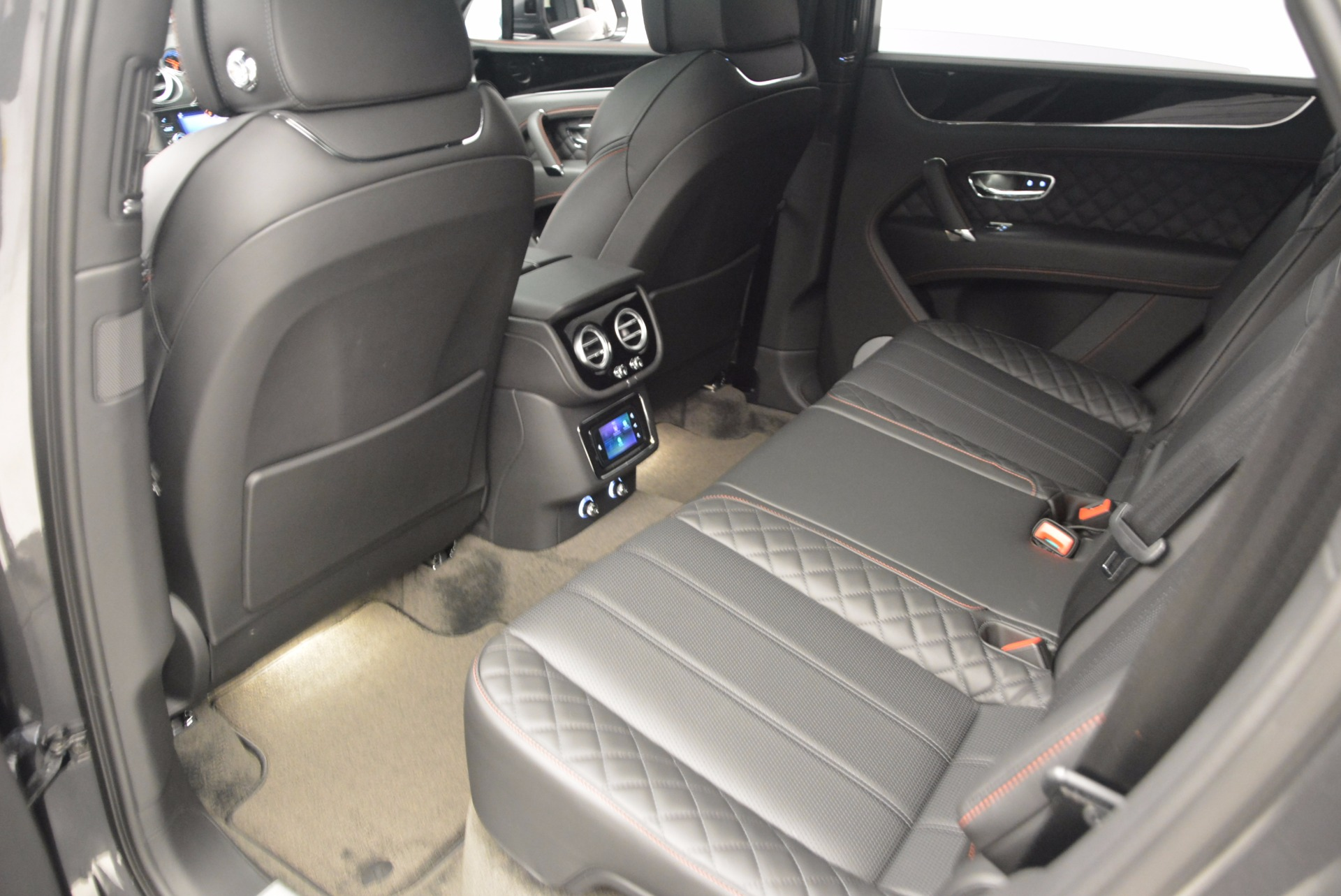 New 2017 Bentley Bentayga  For Sale In Greenwich, CT. Alfa Romeo of Greenwich, B1208 755_p35