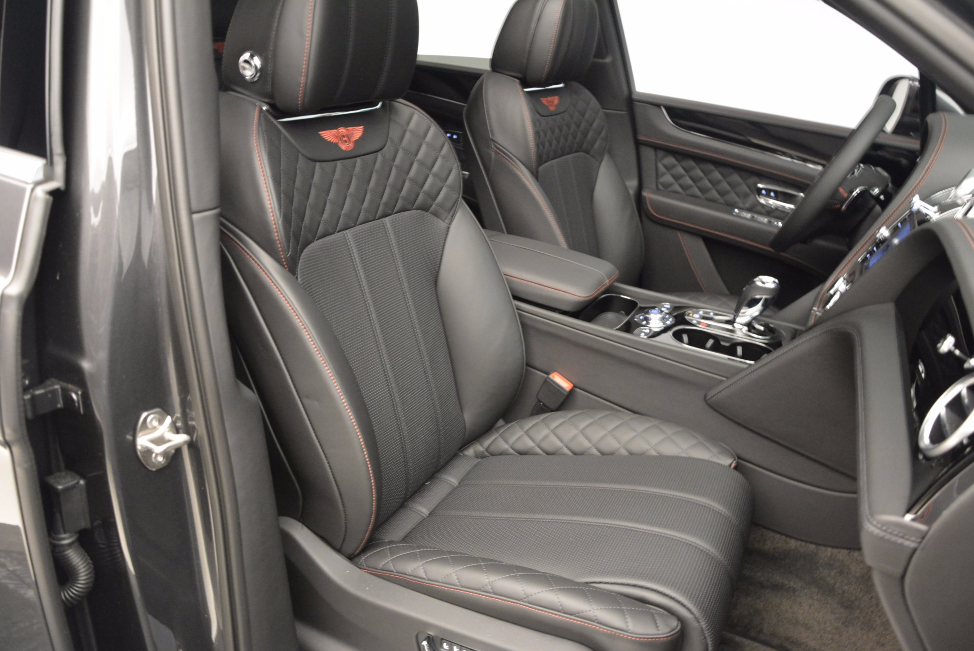New 2017 Bentley Bentayga  For Sale In Greenwich, CT. Alfa Romeo of Greenwich, B1208 755_p46