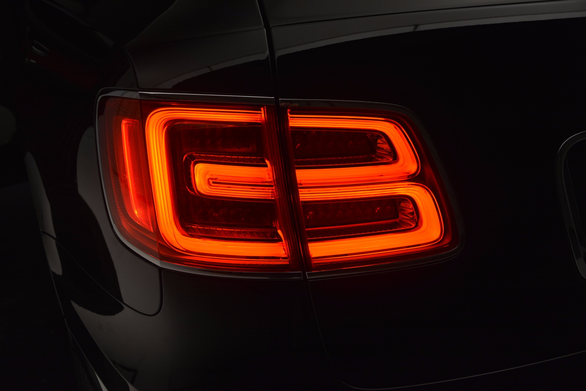 New 2017 Bentley Bentayga  For Sale In Greenwich, CT. Alfa Romeo of Greenwich, B1209 756_p20