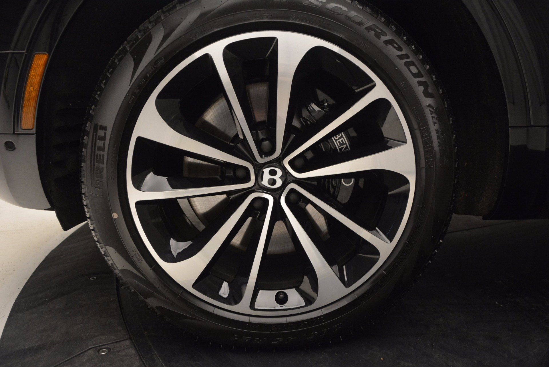 New 2017 Bentley Bentayga  For Sale In Greenwich, CT. Alfa Romeo of Greenwich, B1209 756_p22