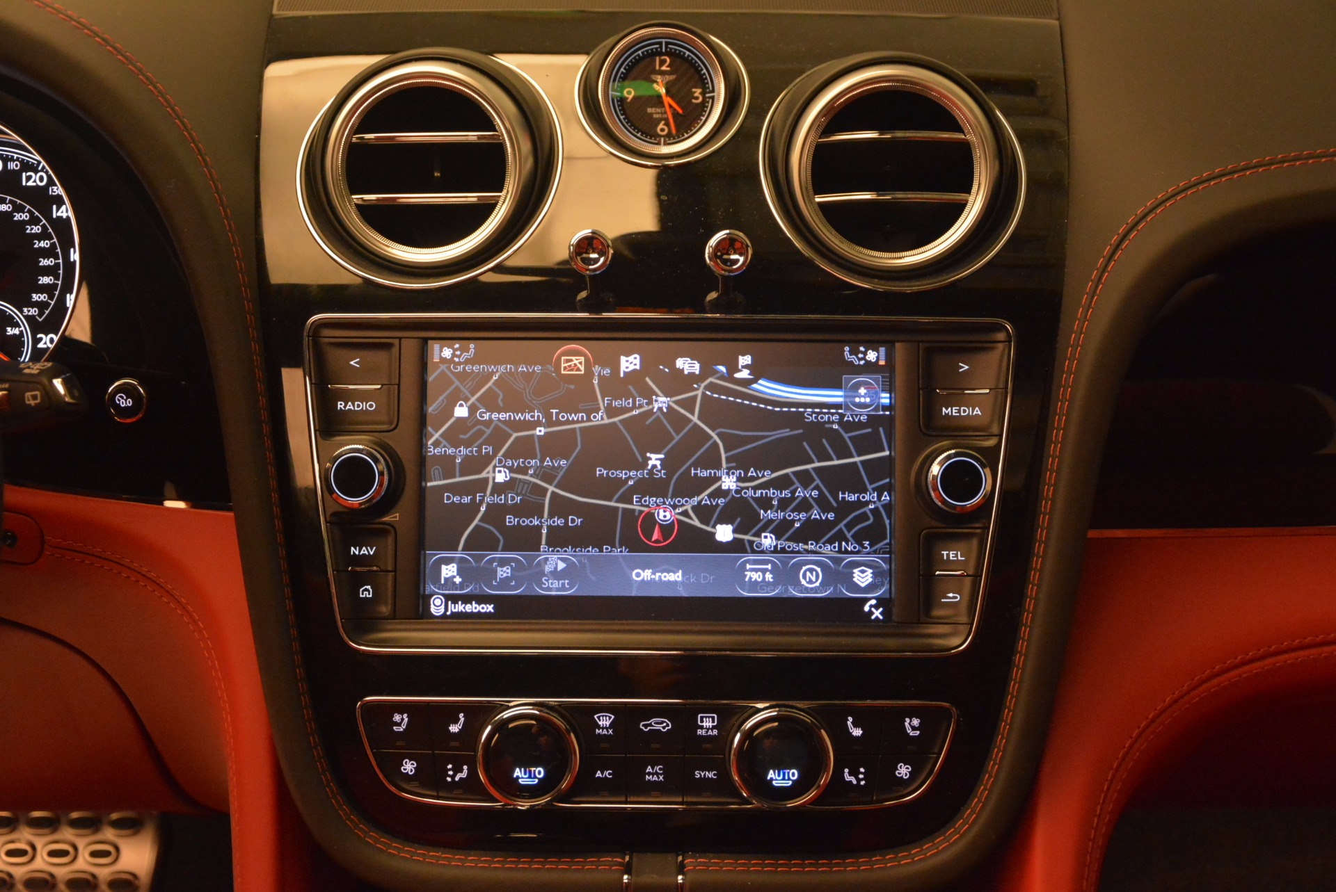 New 2017 Bentley Bentayga  For Sale In Greenwich, CT. Alfa Romeo of Greenwich, B1209 756_p41