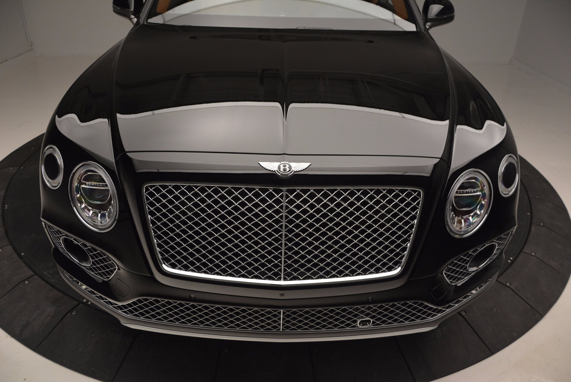 New 2017 Bentley Bentayga  For Sale In Greenwich, CT. Alfa Romeo of Greenwich, B1215 757_p13