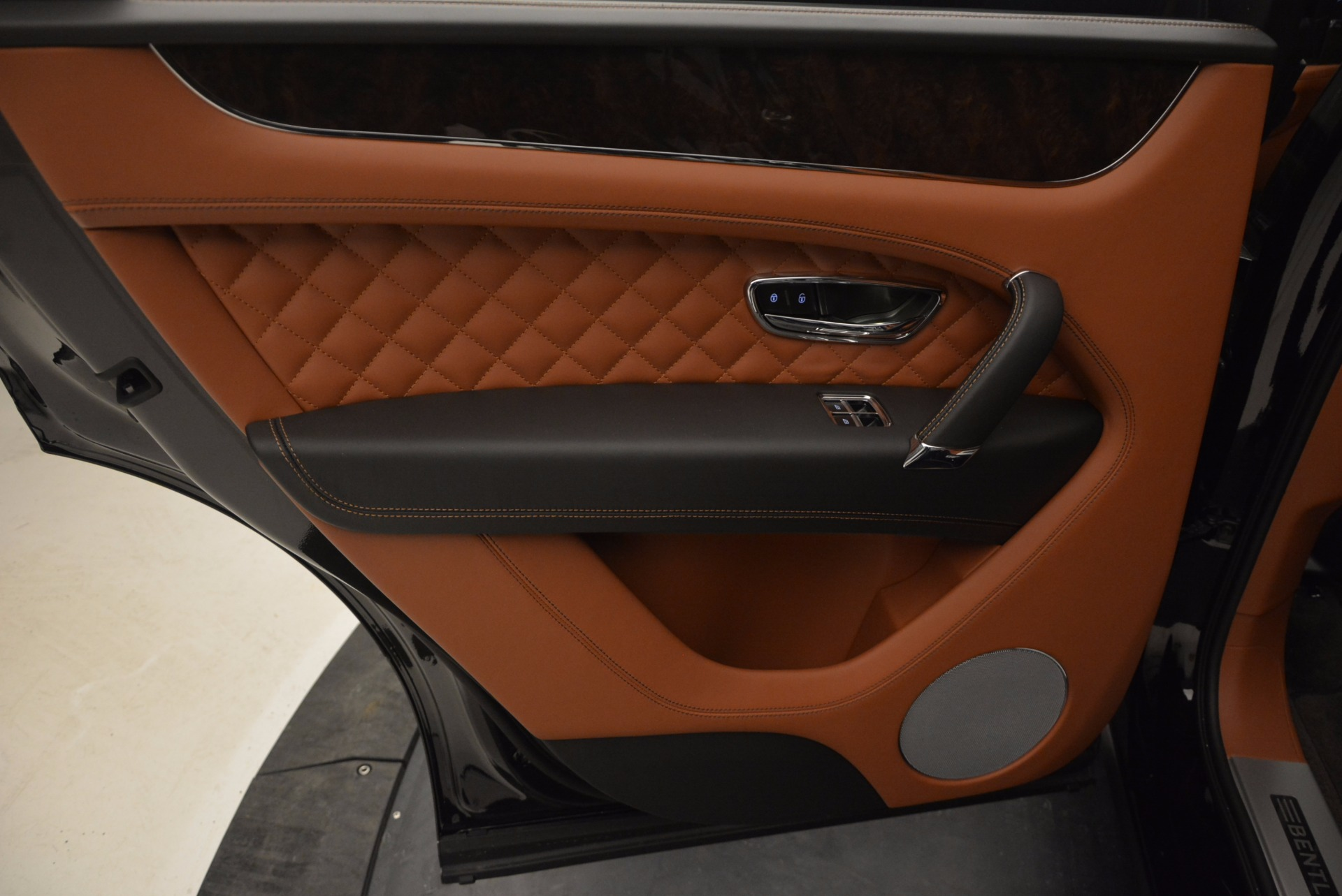 New 2017 Bentley Bentayga  For Sale In Greenwich, CT. Alfa Romeo of Greenwich, B1215 757_p33