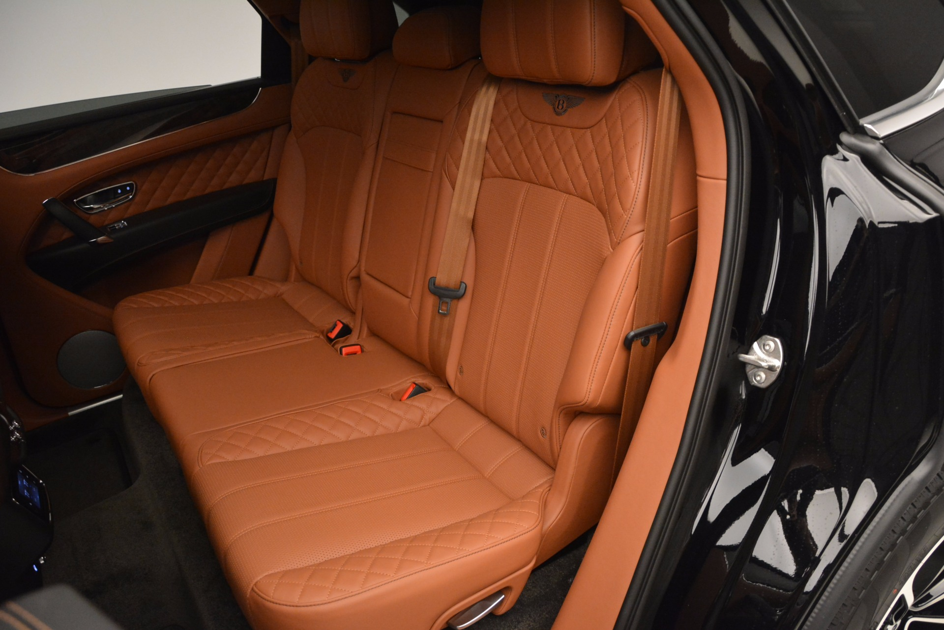 New 2017 Bentley Bentayga  For Sale In Greenwich, CT. Alfa Romeo of Greenwich, B1215 757_p34
