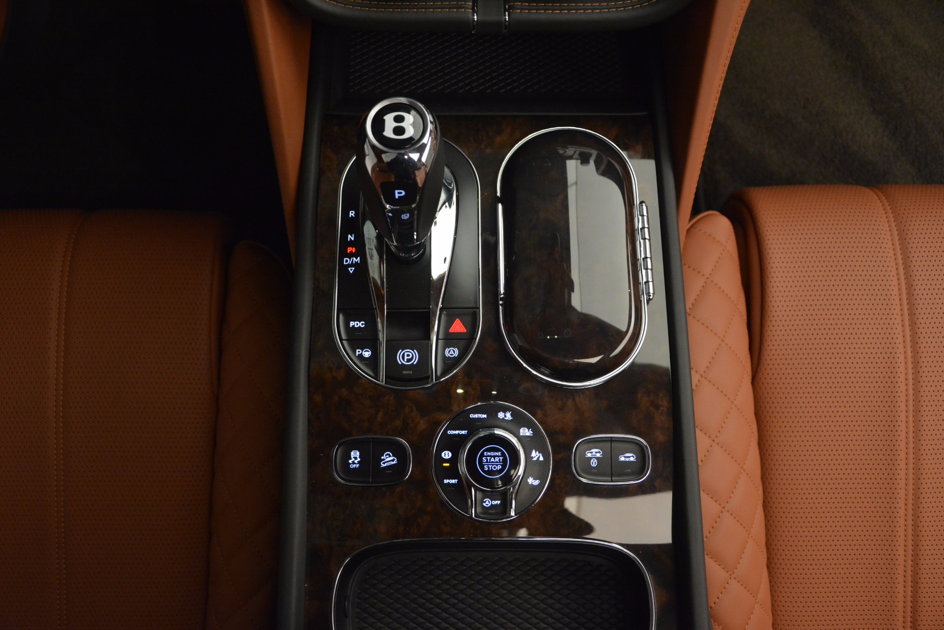 New 2017 Bentley Bentayga  For Sale In Greenwich, CT. Alfa Romeo of Greenwich, B1215 757_p50