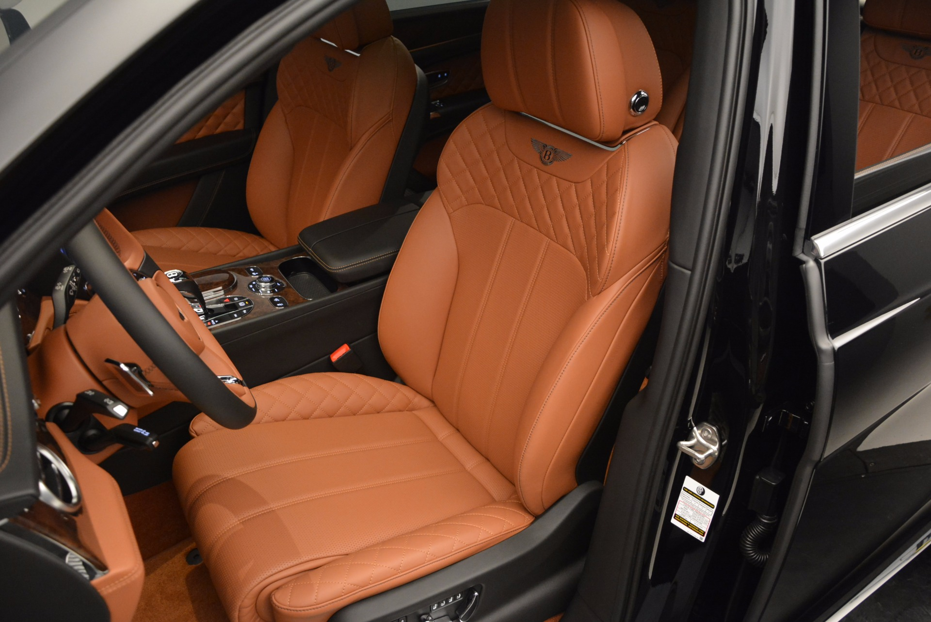 Used 2017 Bentley Bentayga  For Sale In Greenwich, CT. Alfa Romeo of Greenwich, 7125 758_p23