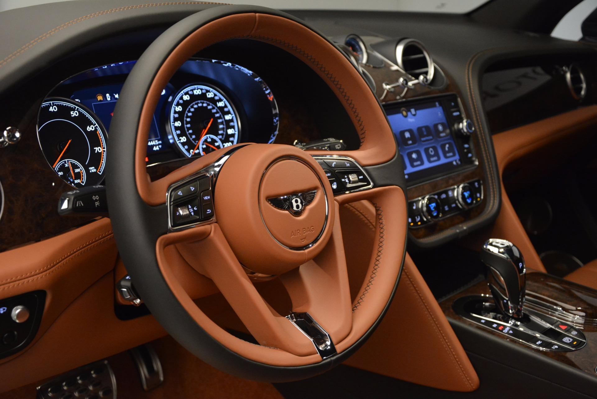 Used 2017 Bentley Bentayga  For Sale In Greenwich, CT. Alfa Romeo of Greenwich, 7125 758_p26