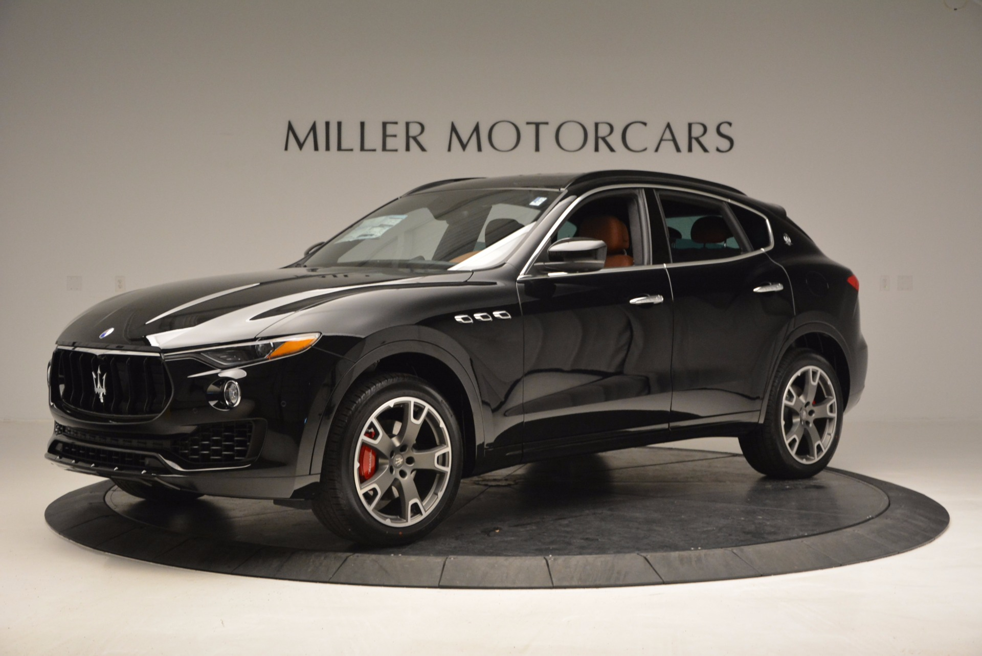 New 2017 Maserati Levante  For Sale In Greenwich, CT. Alfa Romeo of Greenwich, M1740 760_p2