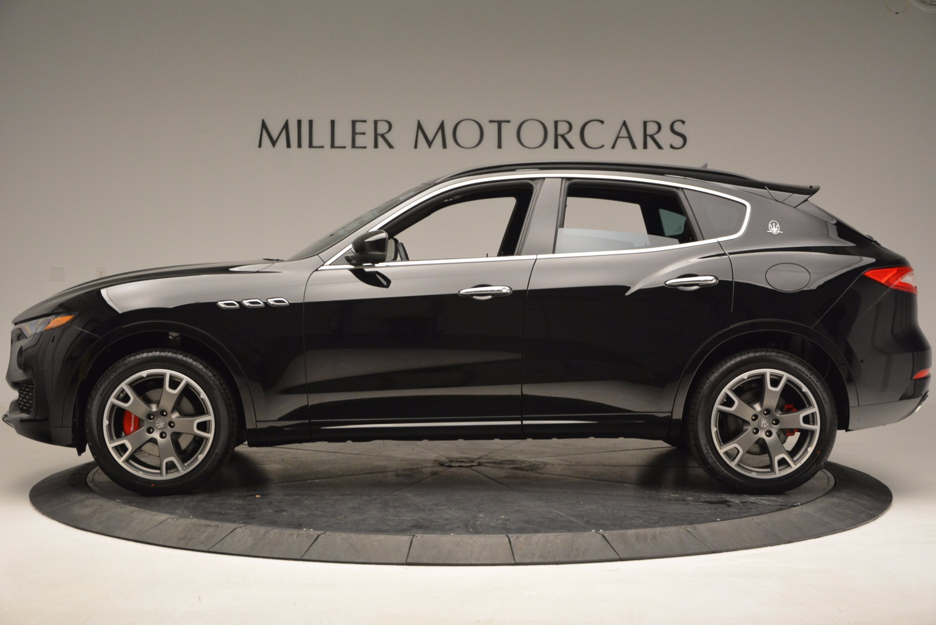 New 2017 Maserati Levante  For Sale In Greenwich, CT. Alfa Romeo of Greenwich, M1740 760_p3