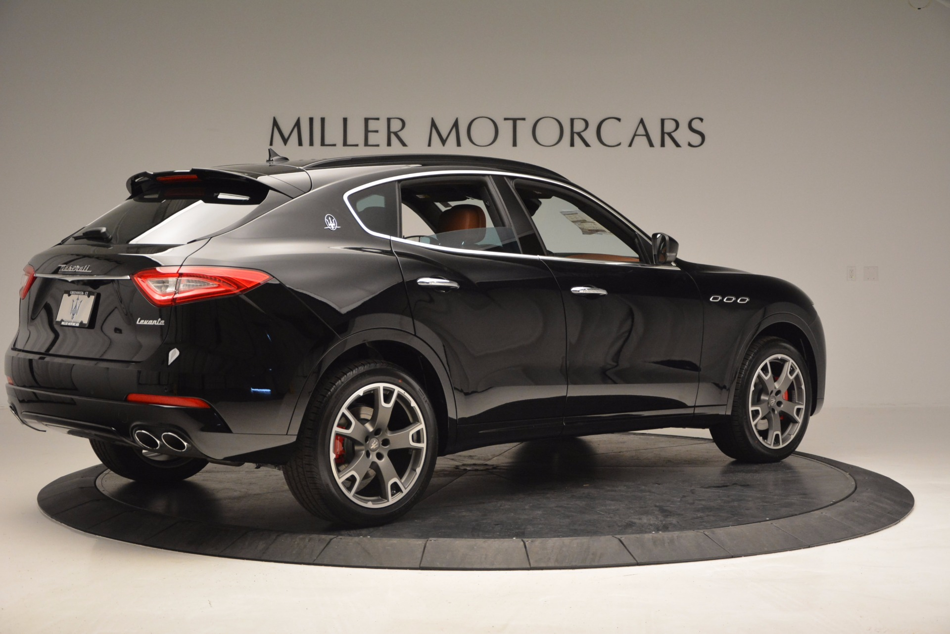 New 2017 Maserati Levante  For Sale In Greenwich, CT. Alfa Romeo of Greenwich, M1740 760_p8