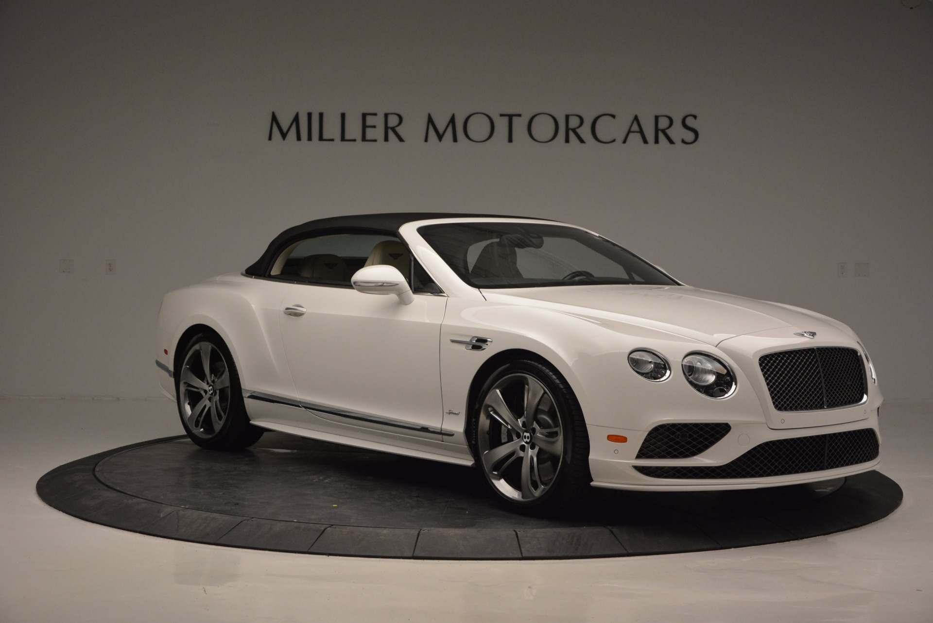 New 2017 Bentley Continental GT Speed Convertible  For Sale In Greenwich, CT. Alfa Romeo of Greenwich, B1227 761_p23