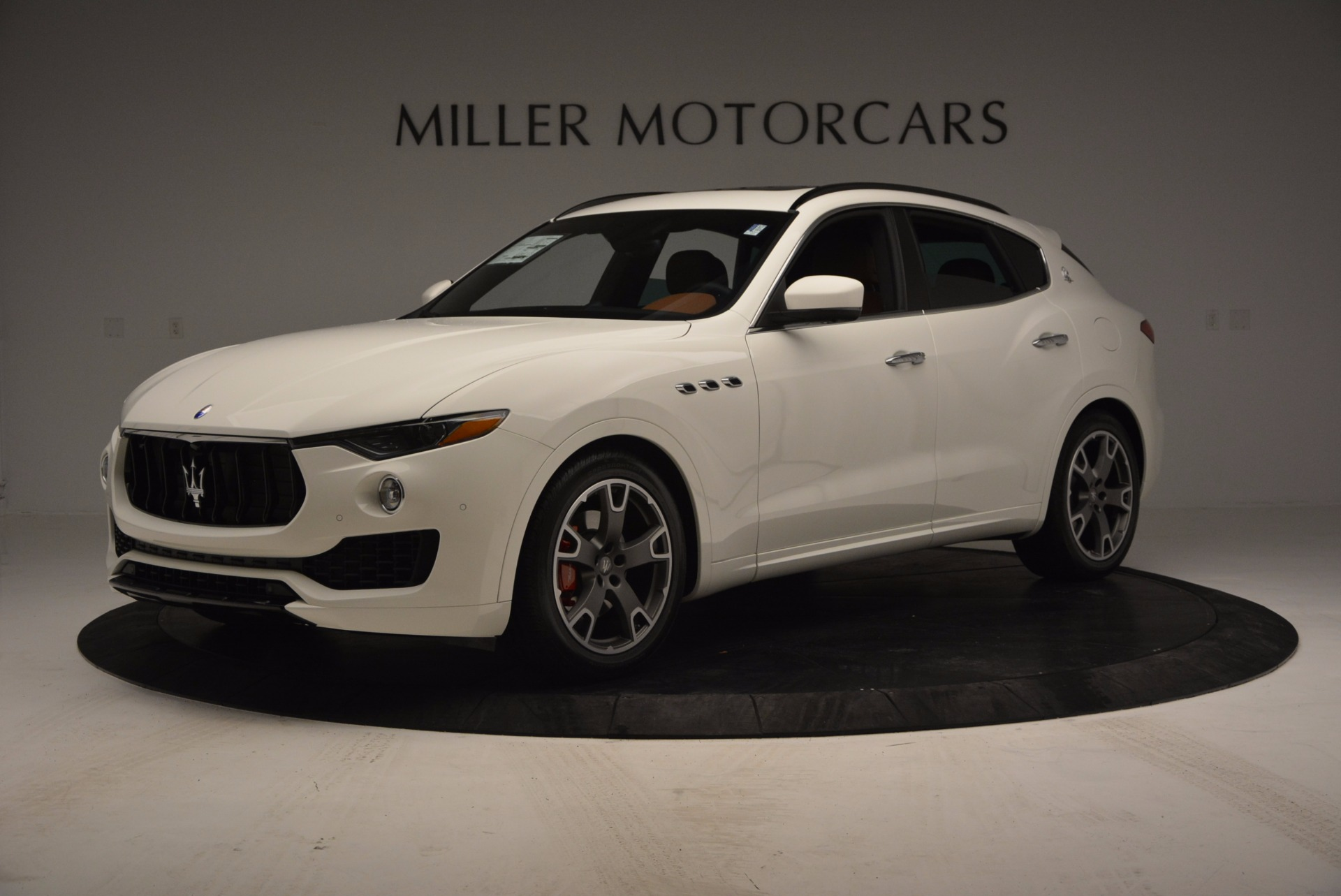 New 2017 Maserati Levante  For Sale In Greenwich, CT. Alfa Romeo of Greenwich, M1726 762_p2