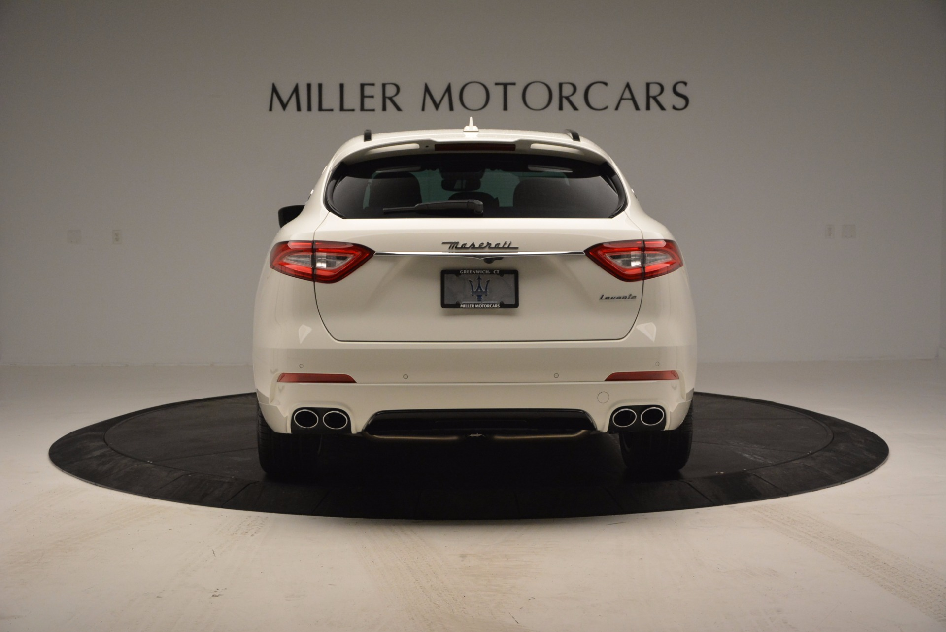 New 2017 Maserati Levante  For Sale In Greenwich, CT. Alfa Romeo of Greenwich, M1726 762_p6