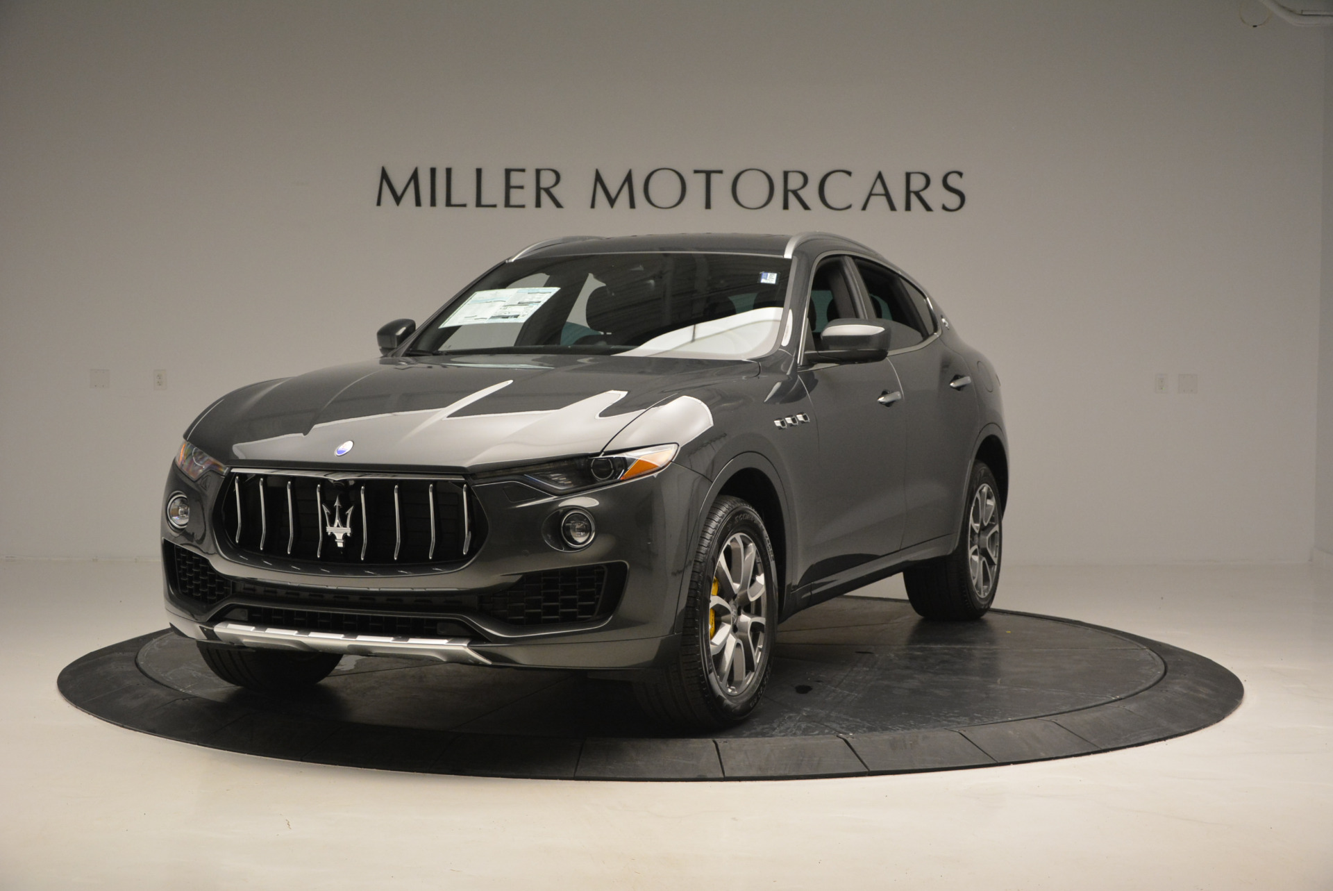 Used 2017 Maserati Levante S Ex Service Loaner For Sale In Greenwich, CT. Alfa Romeo of Greenwich, W375 764_main