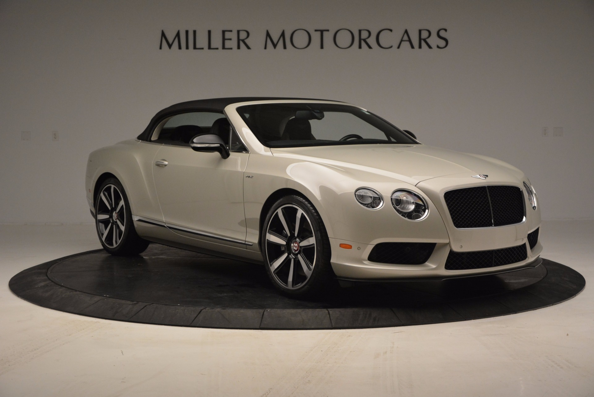 Used 2014 Bentley Continental GT V8 S For Sale In Greenwich, CT. Alfa Romeo of Greenwich, 7126 774_p24