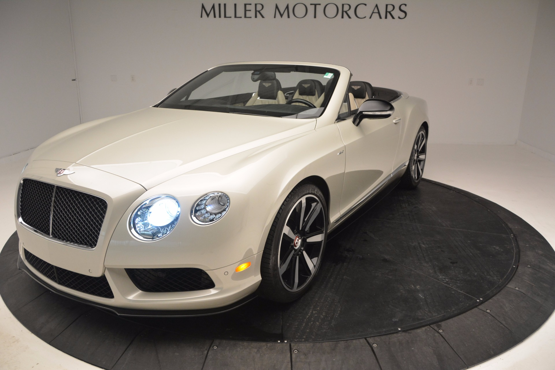 Used 2014 Bentley Continental GT V8 S For Sale In Greenwich, CT. Alfa Romeo of Greenwich, 7126 774_p59