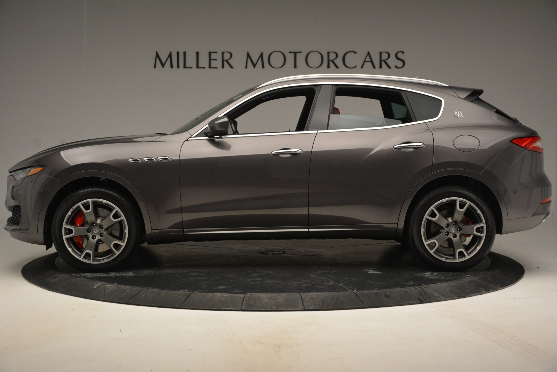 New 2017 Maserati Levante S For Sale In Greenwich, CT. Alfa Romeo of Greenwich, W383 781_p3