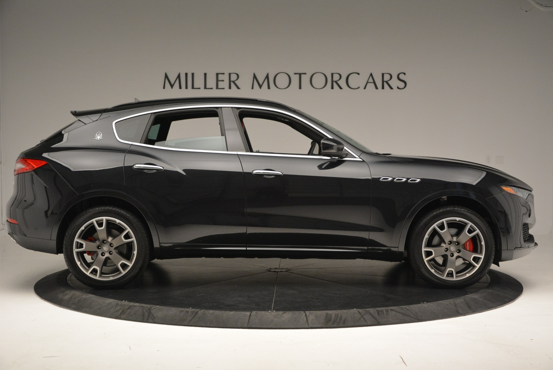 New 2017 Maserati Levante  For Sale In Greenwich, CT. Alfa Romeo of Greenwich, W386 791_p9