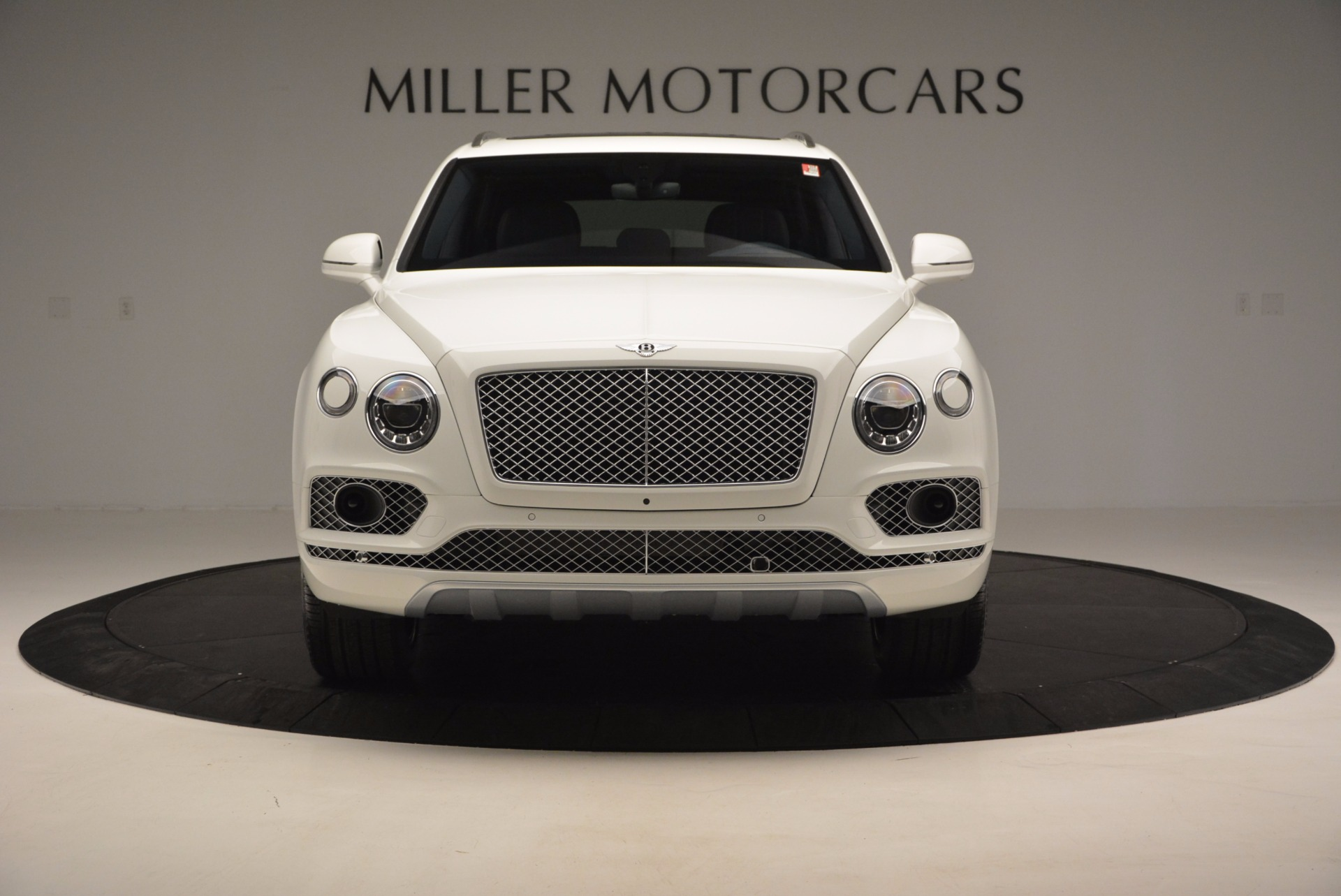 New 2017 Bentley Bentayga  For Sale In Greenwich, CT. Alfa Romeo of Greenwich, B1218 794_p12