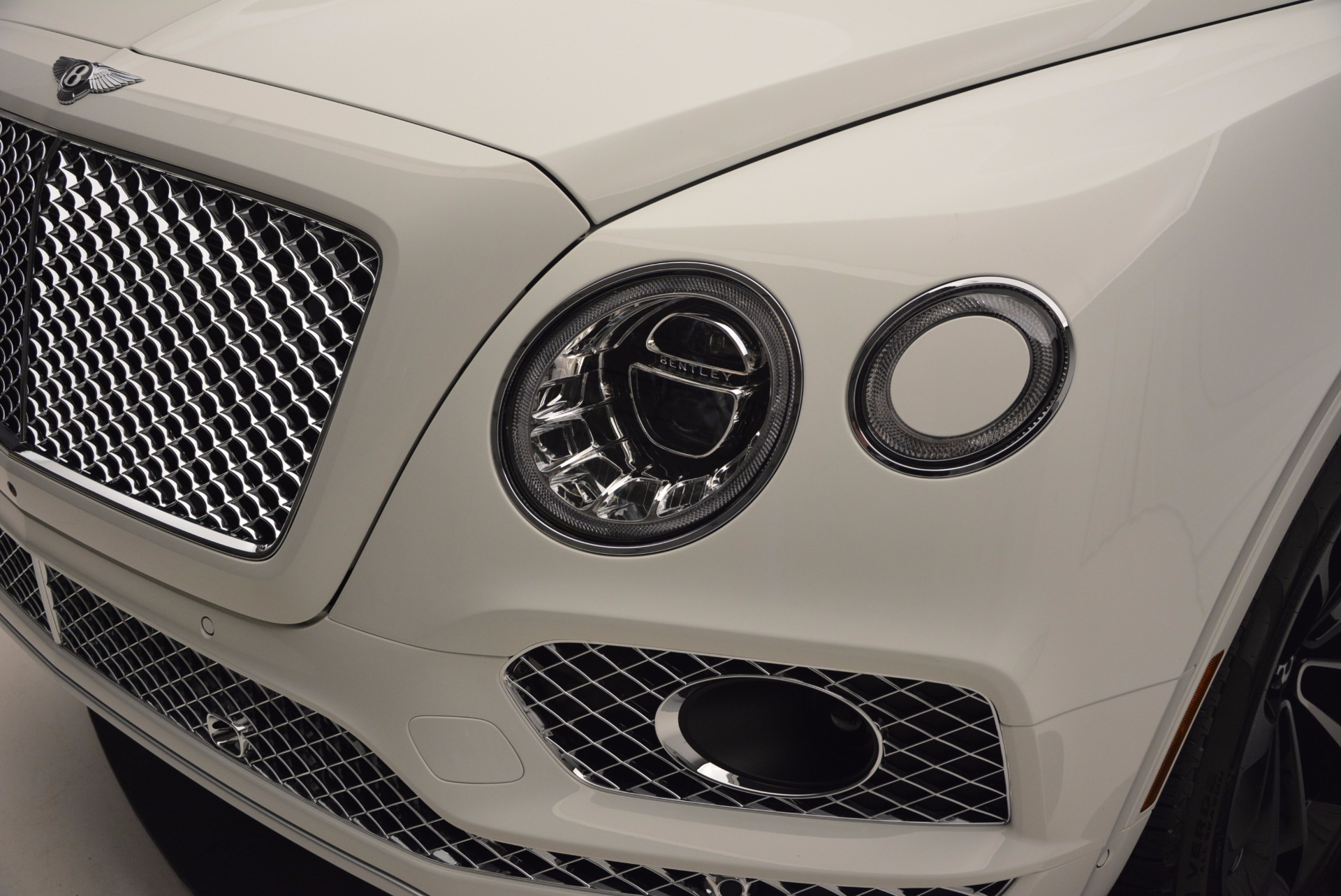 New 2017 Bentley Bentayga  For Sale In Greenwich, CT. Alfa Romeo of Greenwich, B1218 794_p14