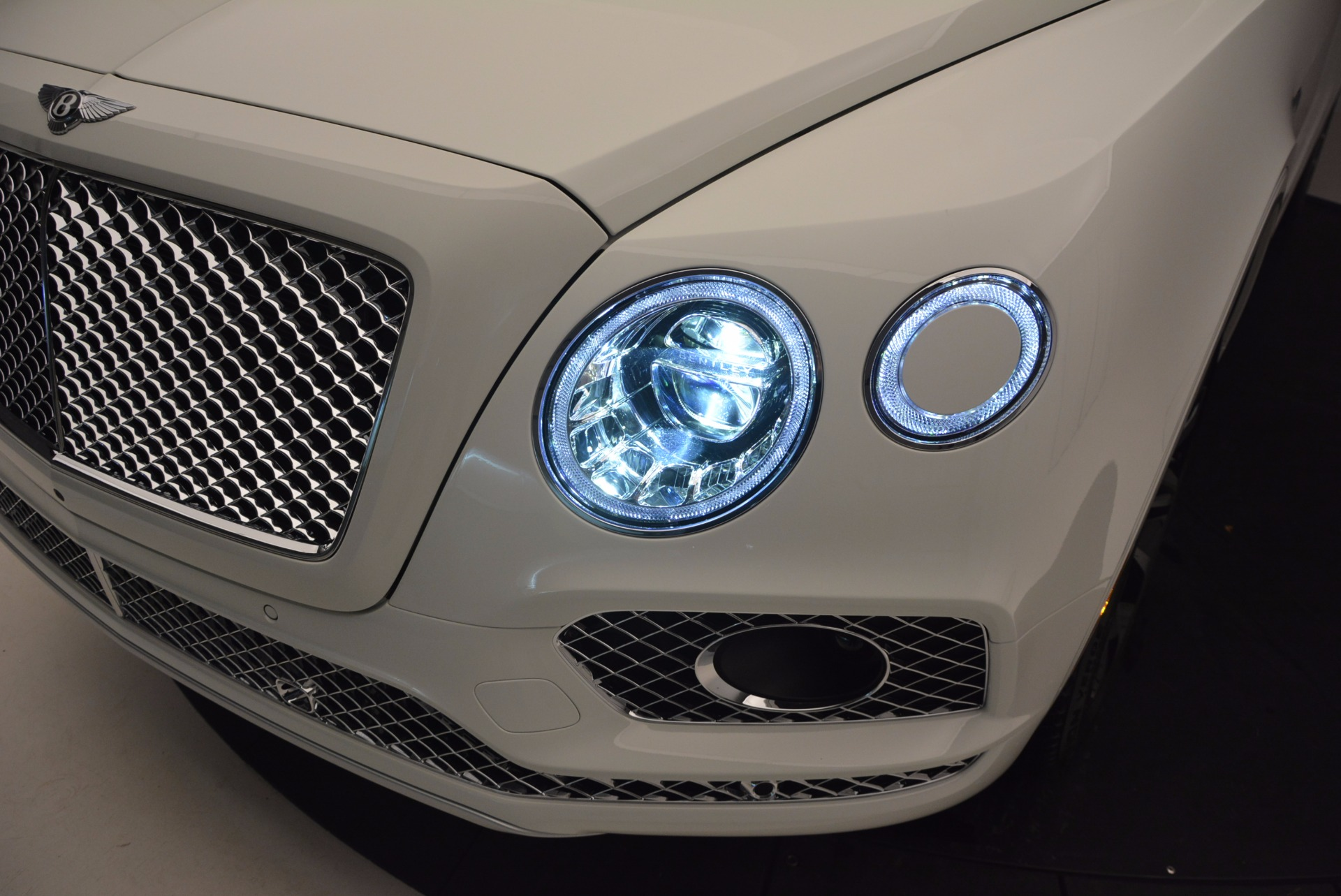 New 2017 Bentley Bentayga  For Sale In Greenwich, CT. Alfa Romeo of Greenwich, B1218 794_p18