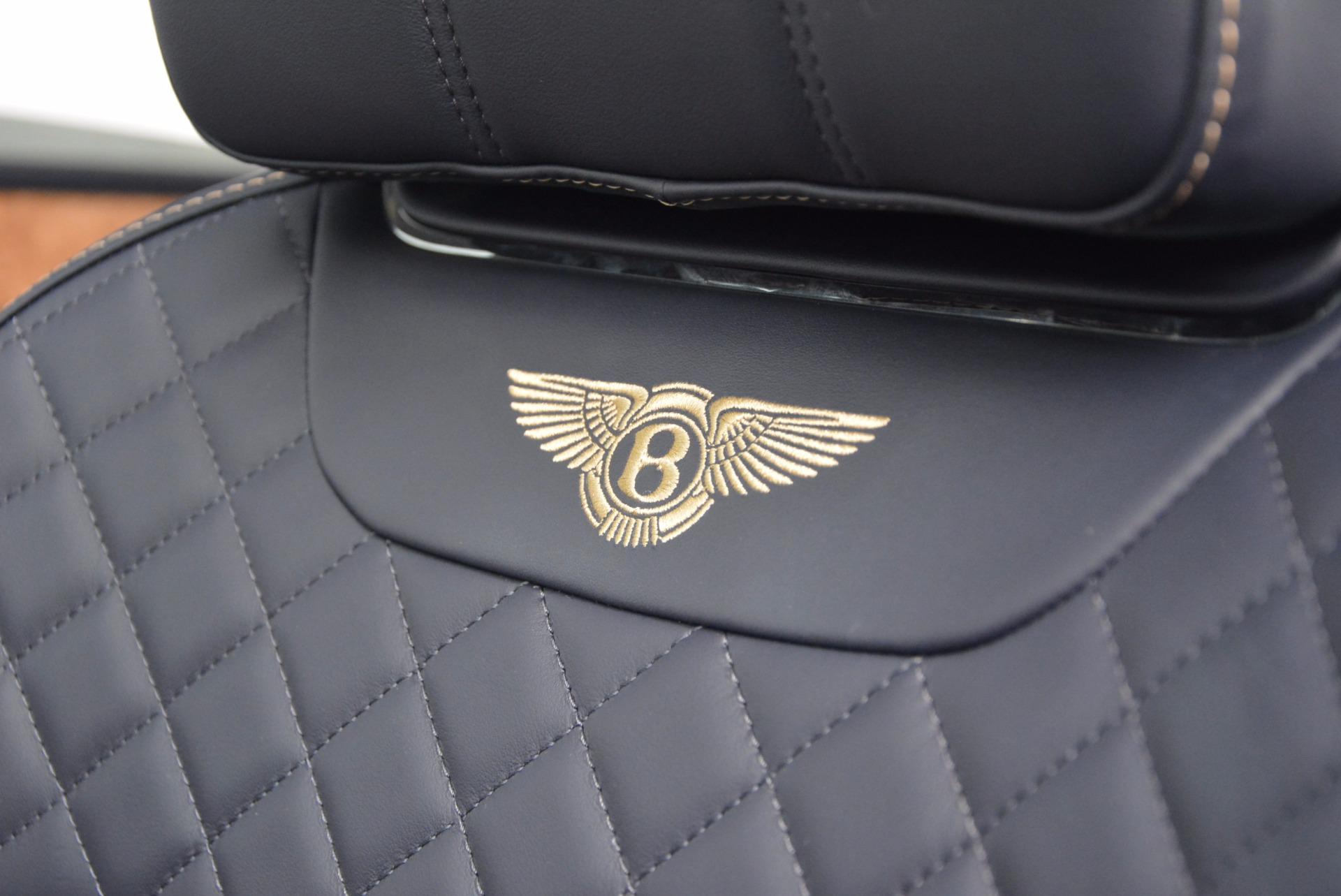 New 2017 Bentley Bentayga  For Sale In Greenwich, CT. Alfa Romeo of Greenwich, B1218 794_p29